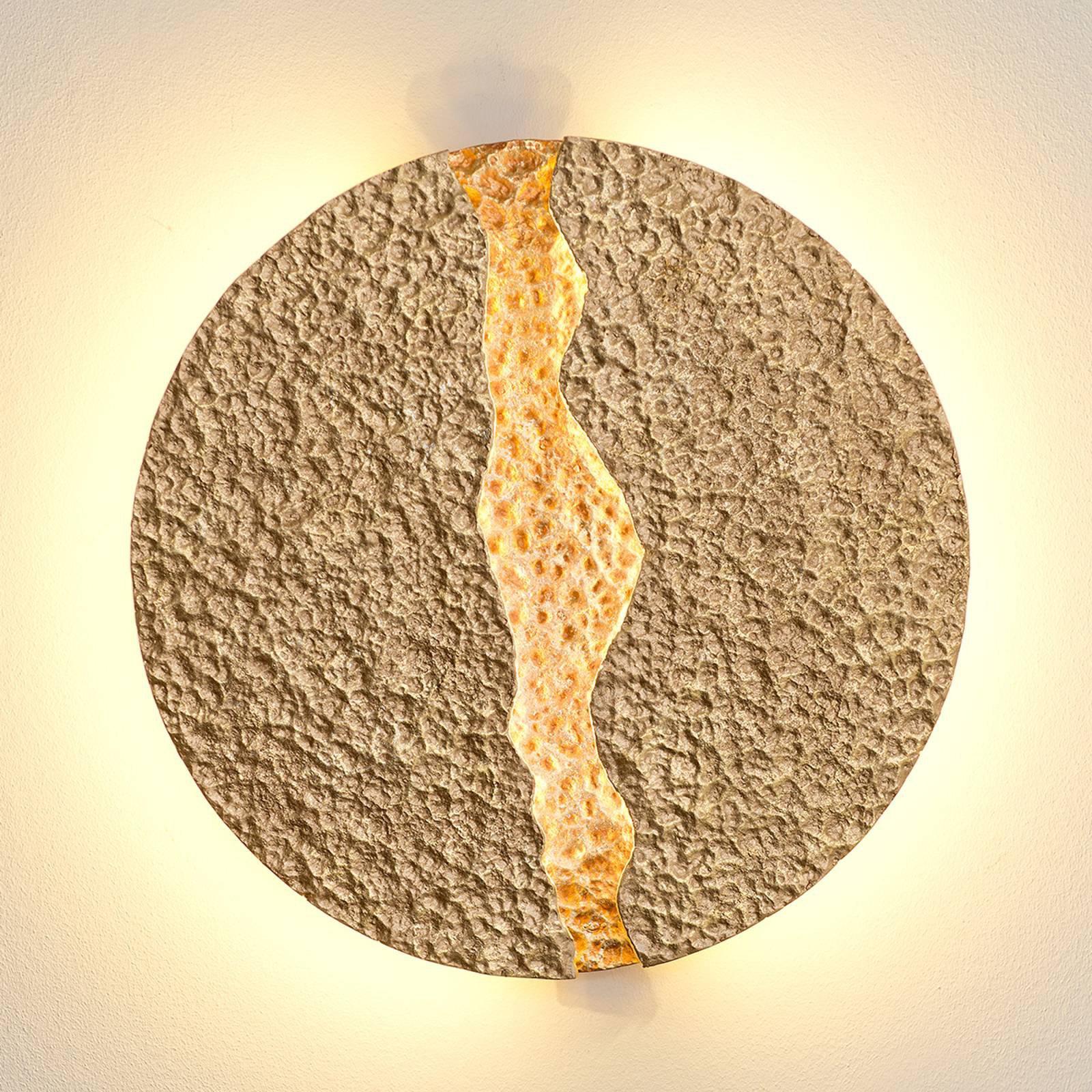 Eruption - rund, gullfarget LED vegglampe