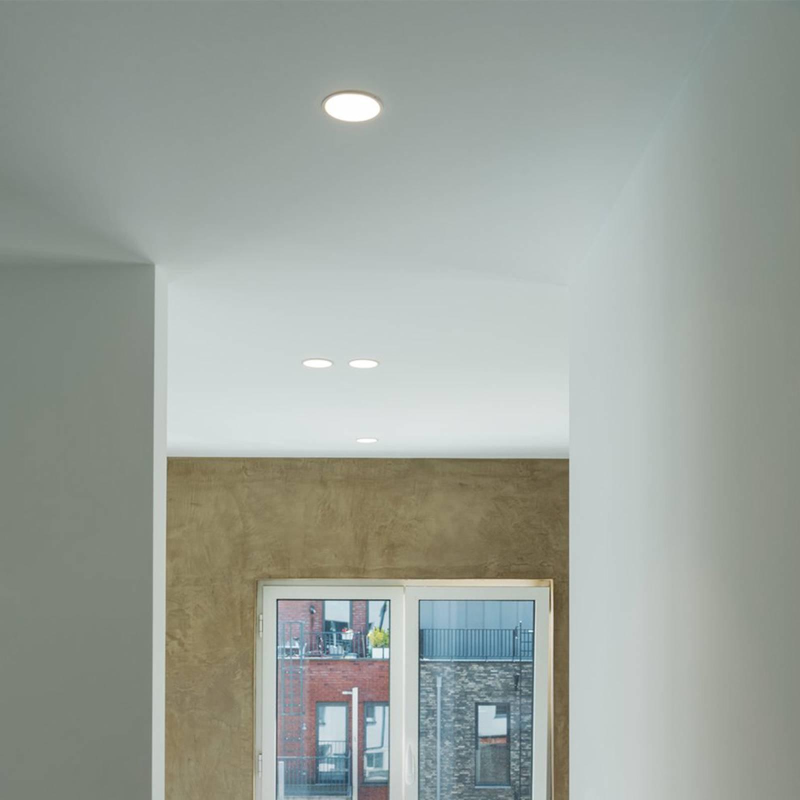 Takinnbyggingslampe Horn-O, hvit