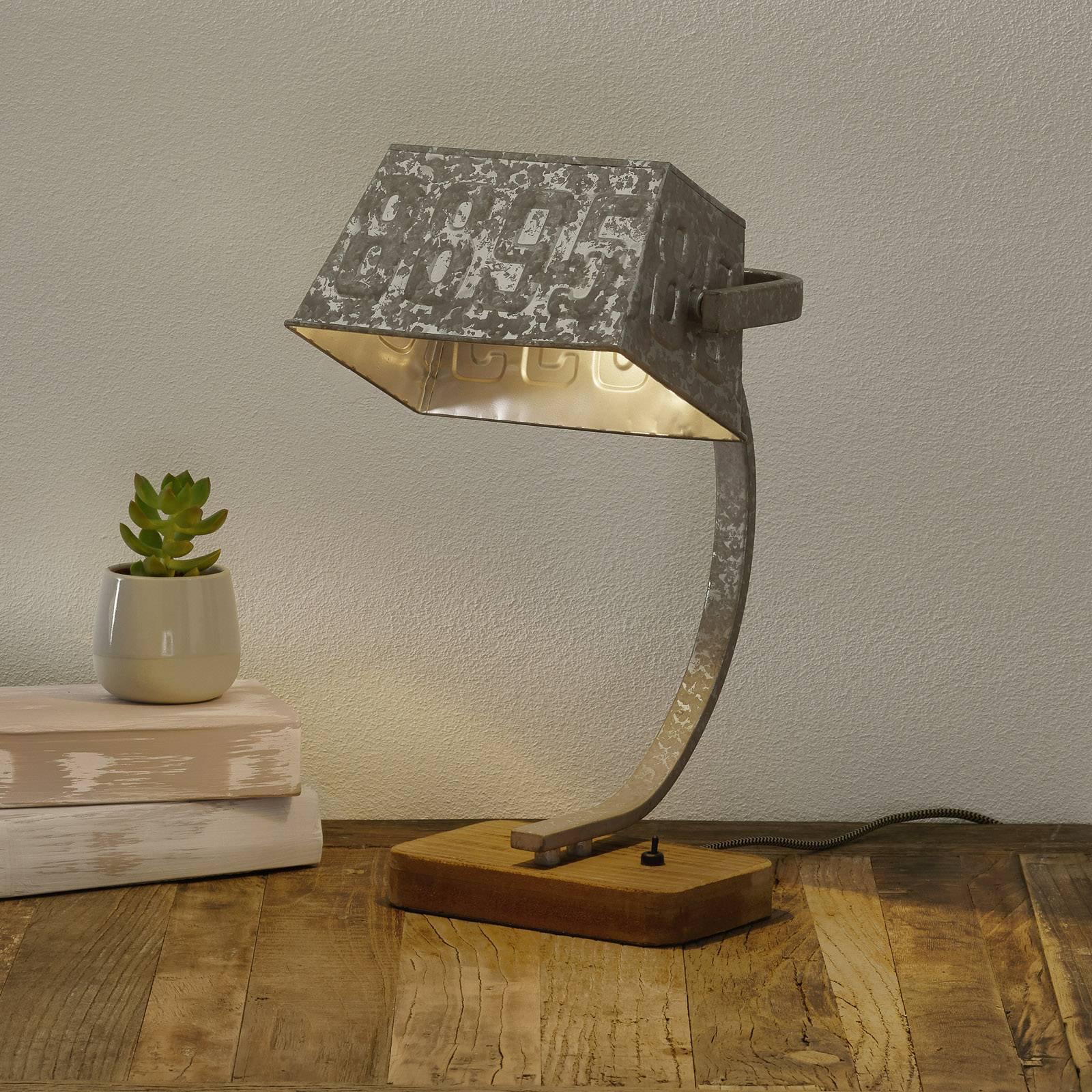 Bordlampe Scava med tresokkel, sinkfarget