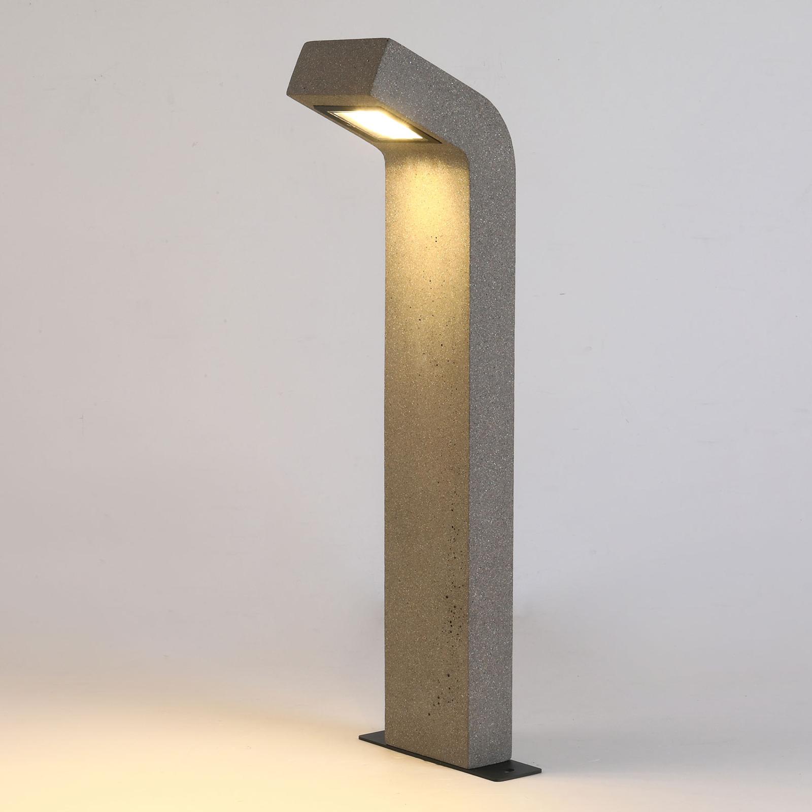 Arcchio-LED-pylväsvalaisin Vavara, korkeus 70 cm