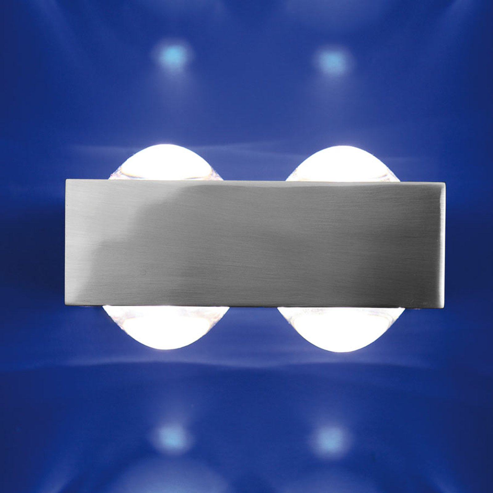 4 linser: Vegglampen Focus 150, nikkel