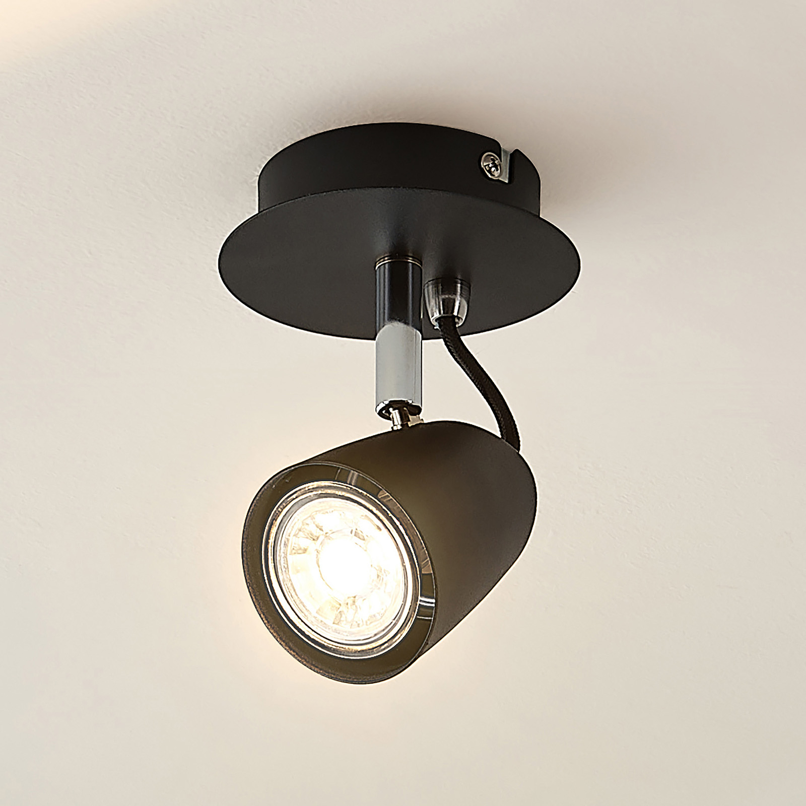Lindby Noria -spotti, musta, yksilamppuinen