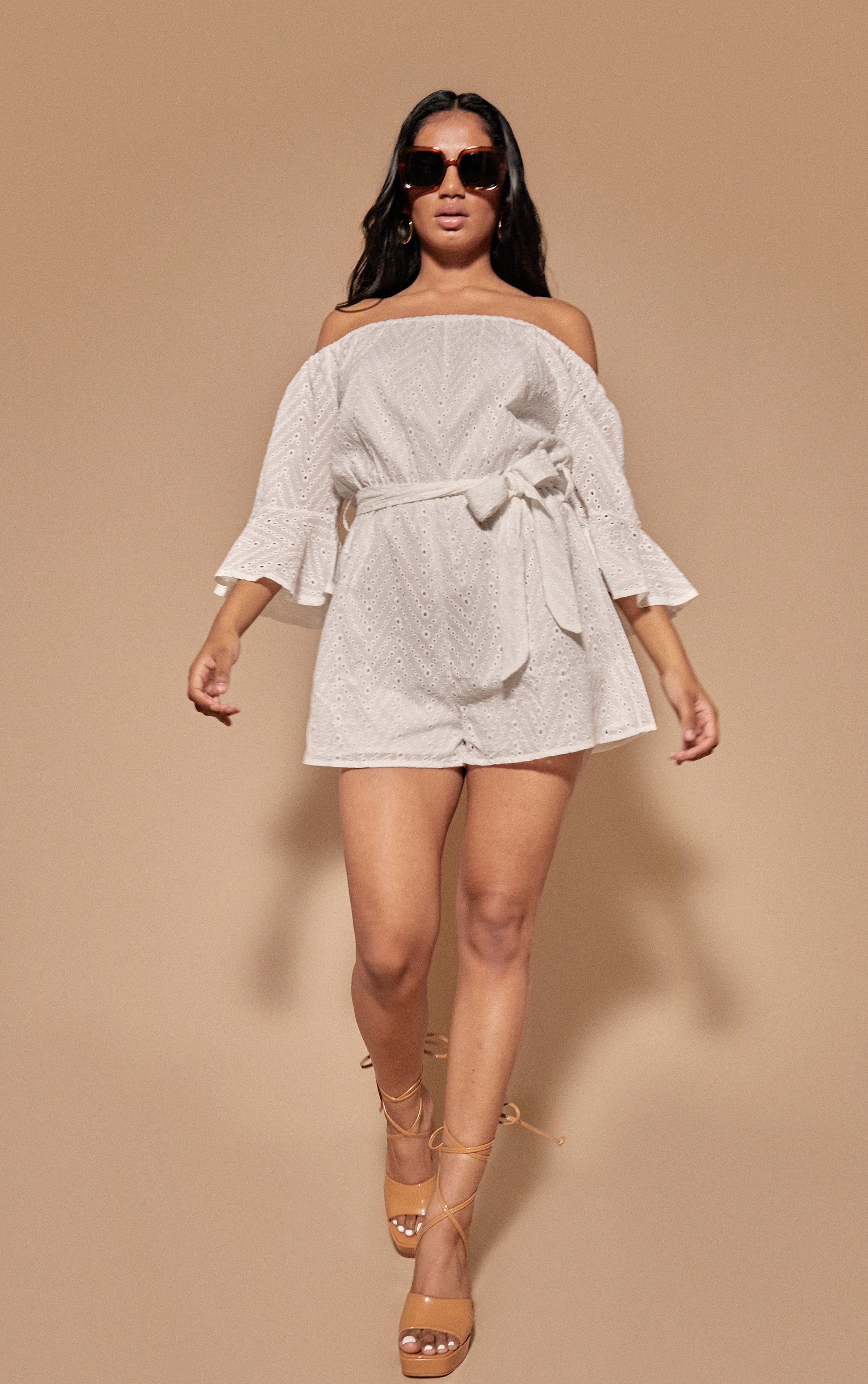 Cut Out Flare Sleeve Playsuit - White / 10