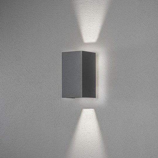 Konstsmide Cremona Seinävalaisin LED, tummanharmaa 3x3 W