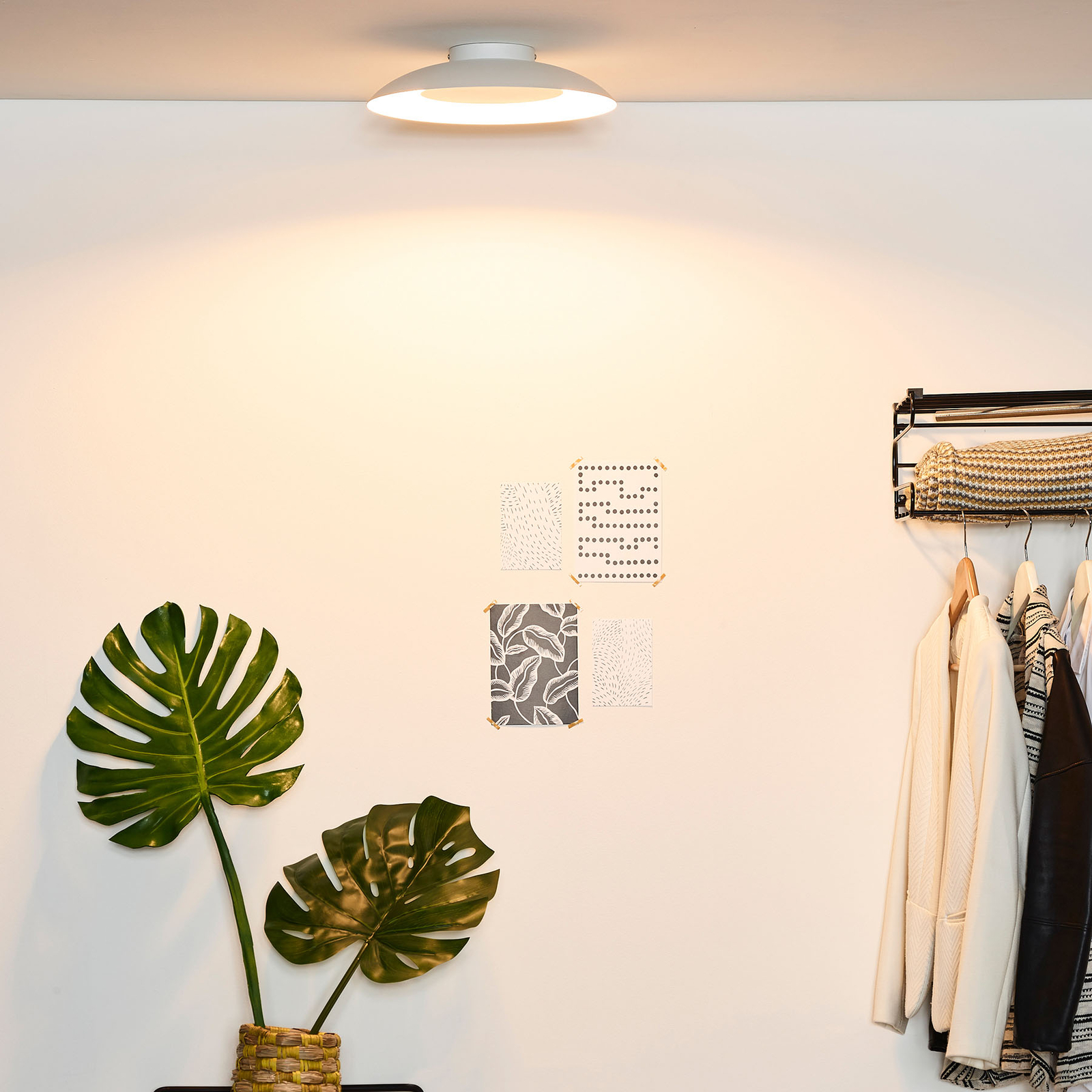 LED-kattovalaisin Foskal, valkoinen, Ø 34,5 cm