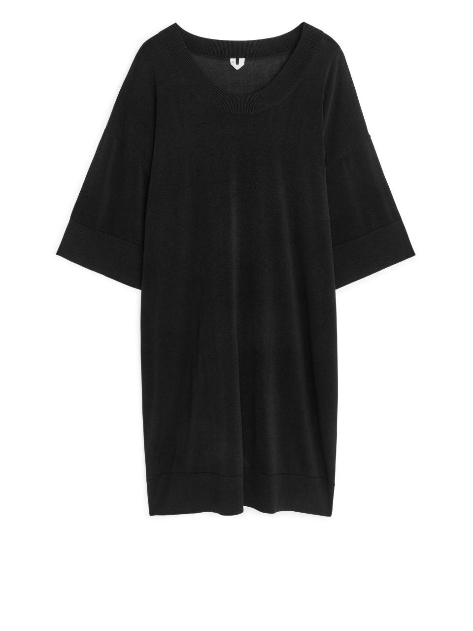 Oversized Fine-Knit Dress - Black