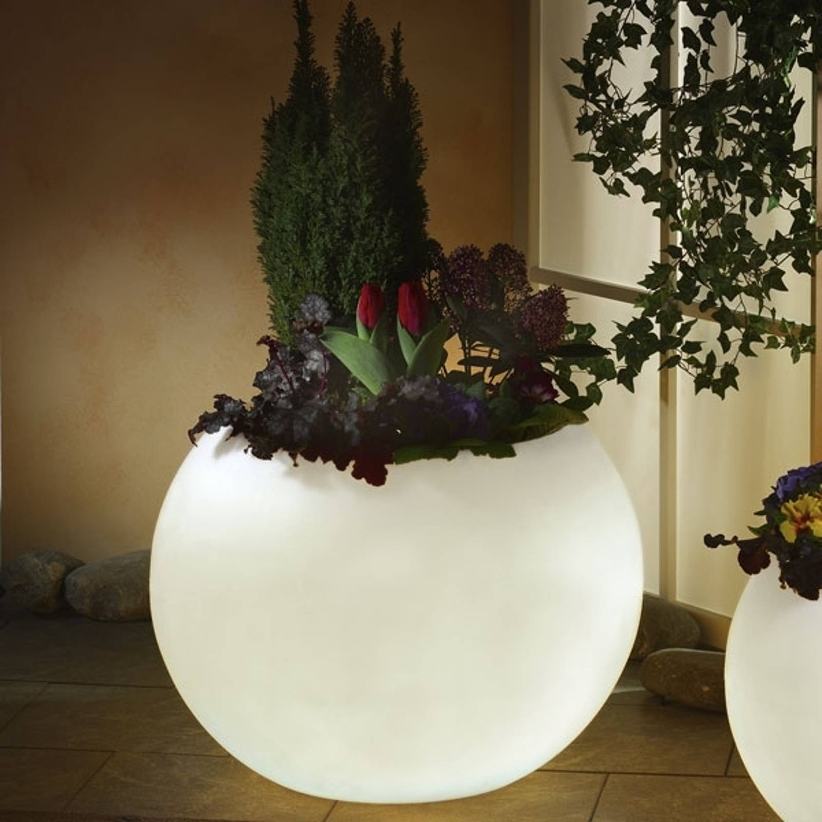 Valaistu kukkaruukku, huippulaatua valkoinen 65