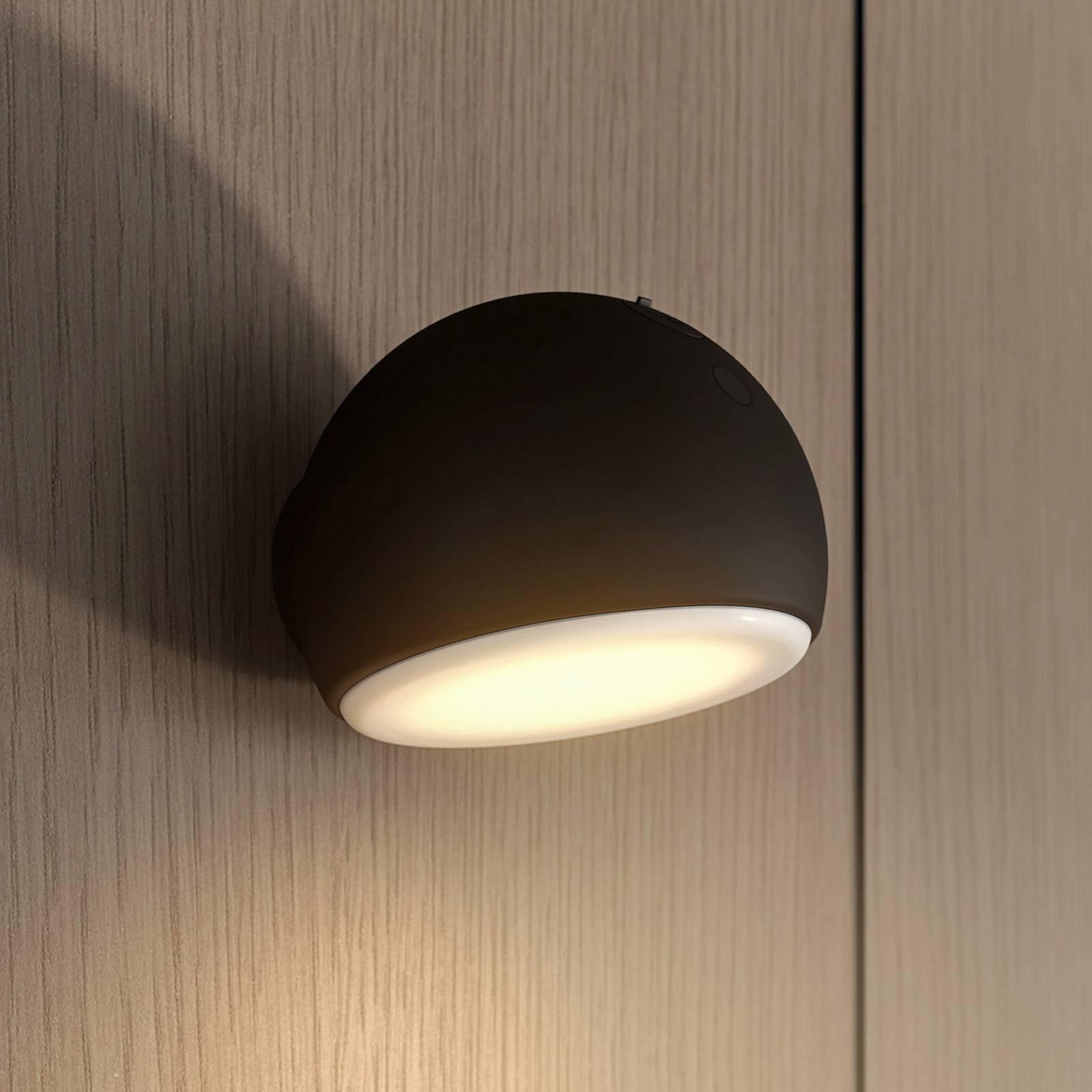 Arcchio Davir -LED-seinävalaisin, akku, musta