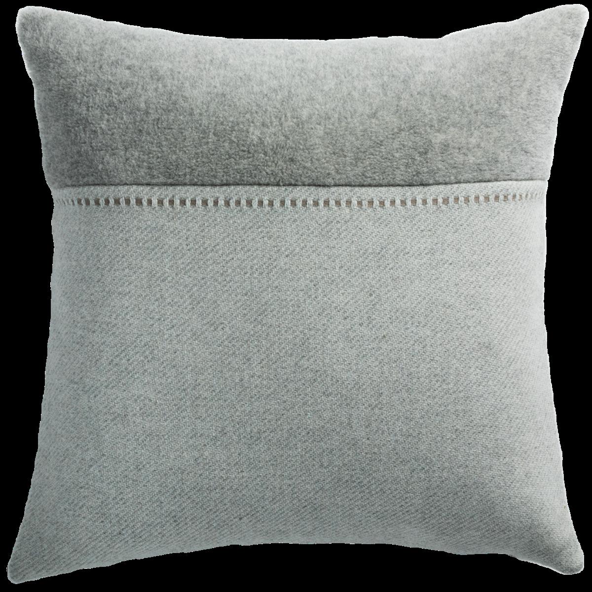 de Le Cuona | Cashmere Wool Twill Cushion With Alpaca Panel Light Grey