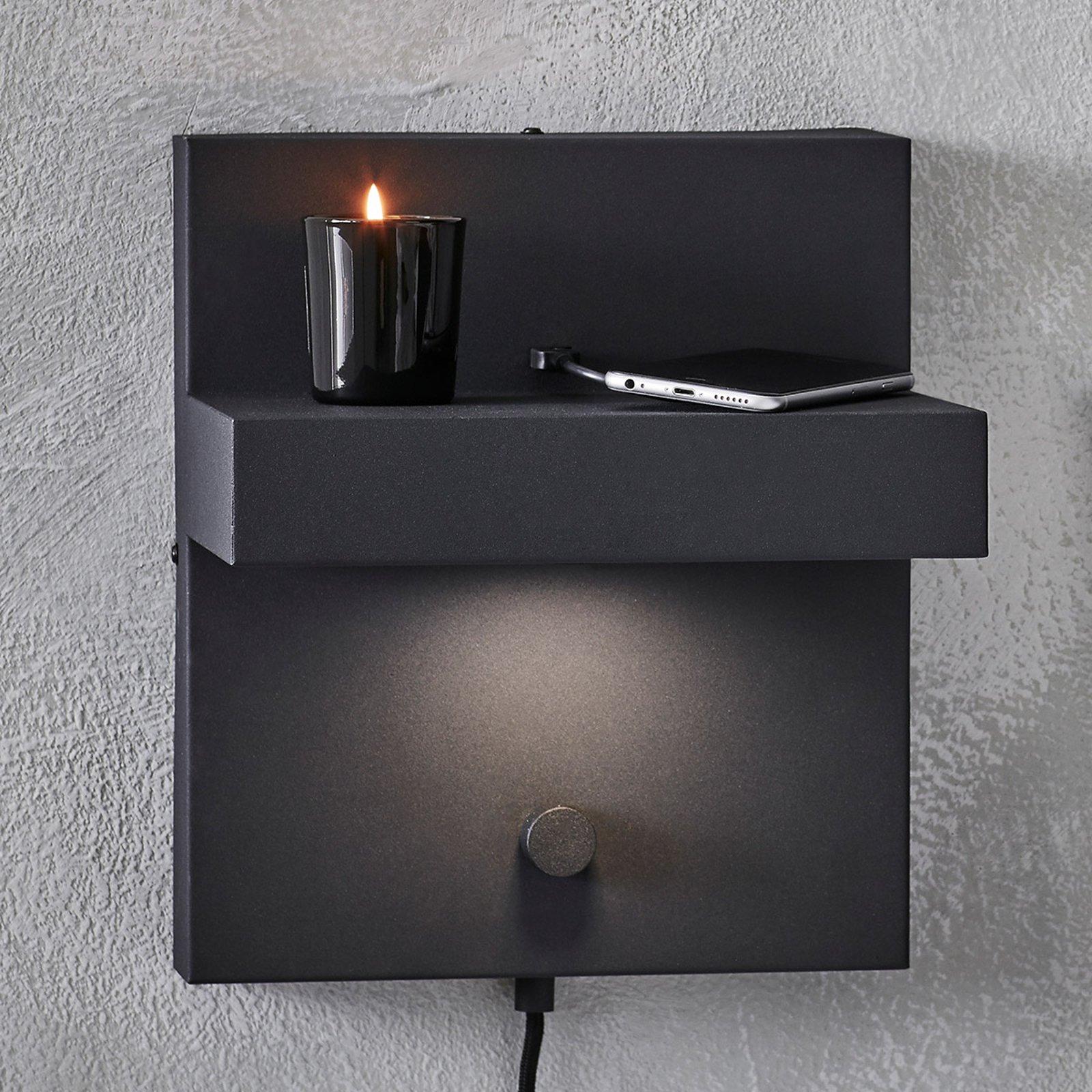 LED-vegglampe Kubik med USB-ladekontakt, svart