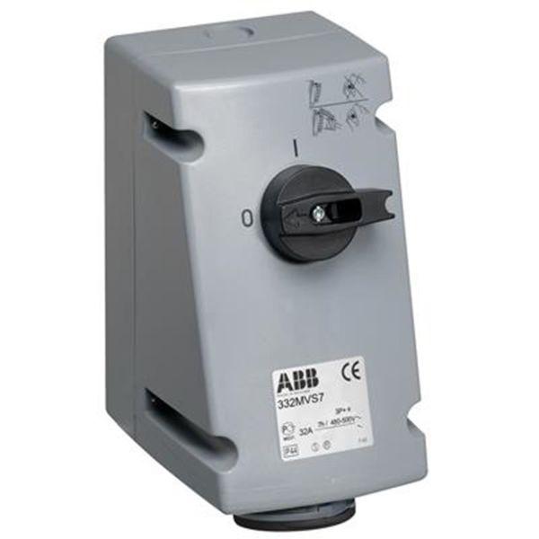 ABB 2CMA167701R1000 Seinäpistorasia IP44, 3P+J, 32 A 500 V