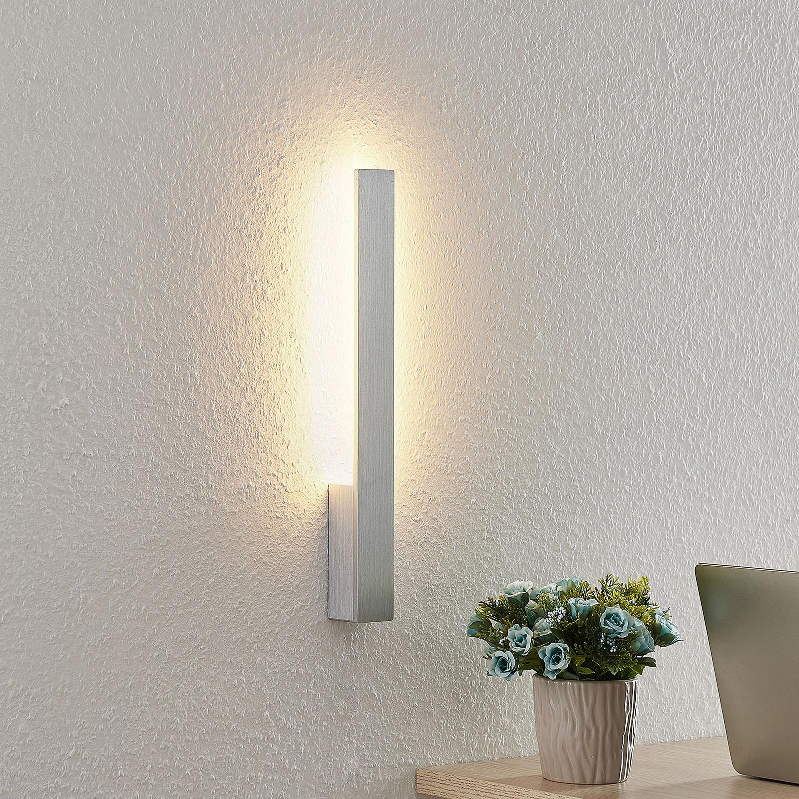 Arcchio Thiago-LED-seinävalaisin harjattu alumiini