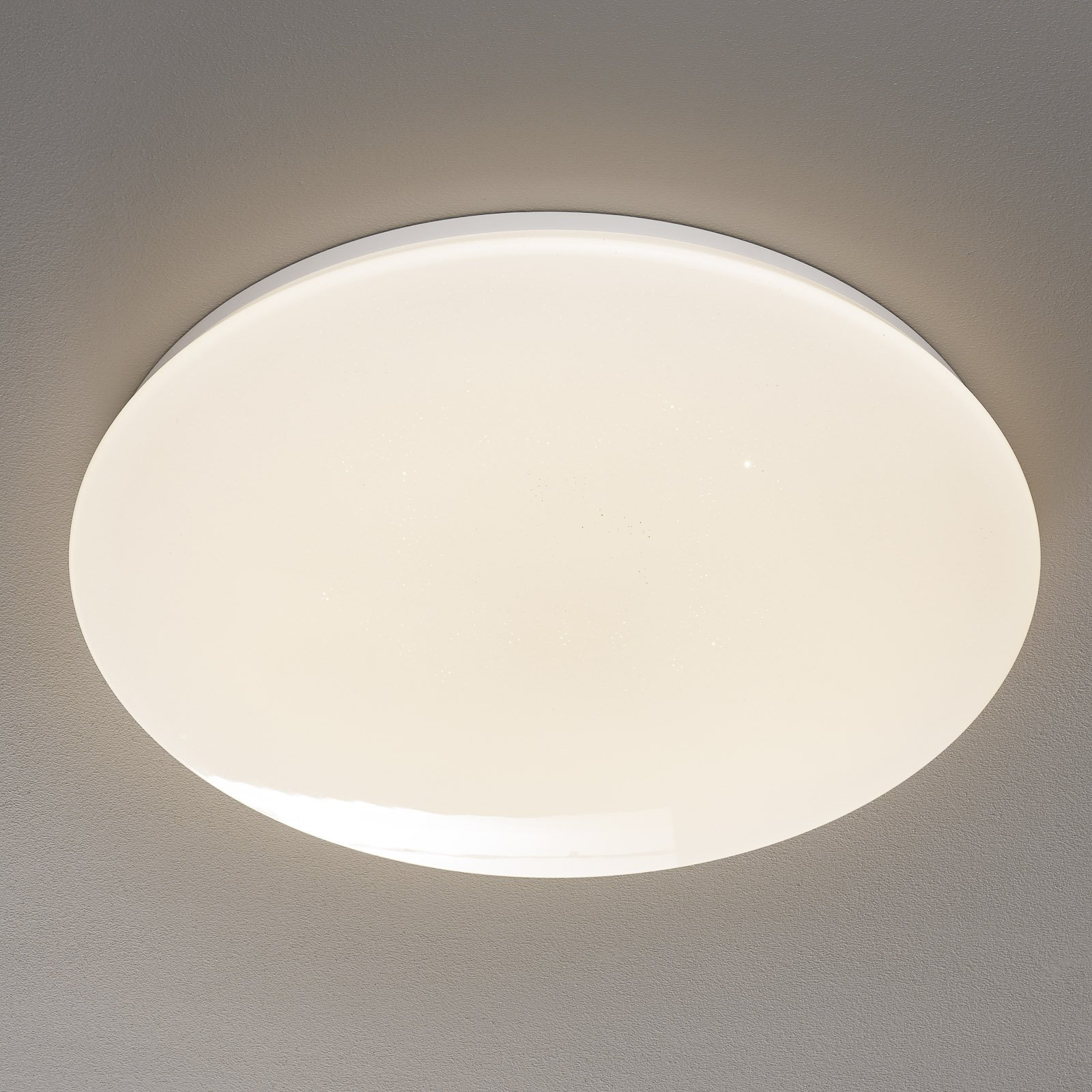 Trio WiZ Nalida LED-taklampe Starlight-Effekt