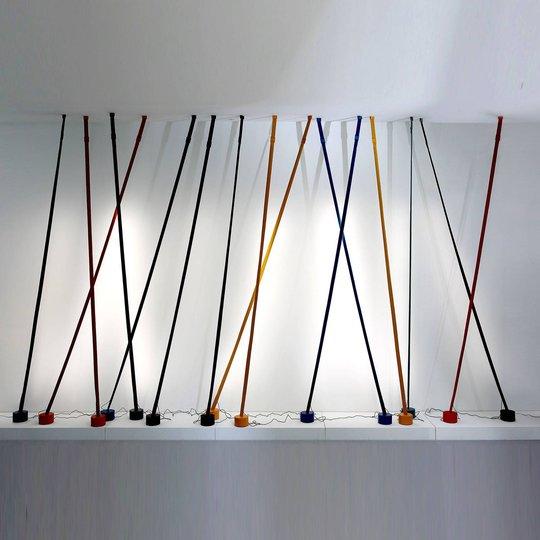Martinelli Luce Elastica gulvlampe som bånd, rød