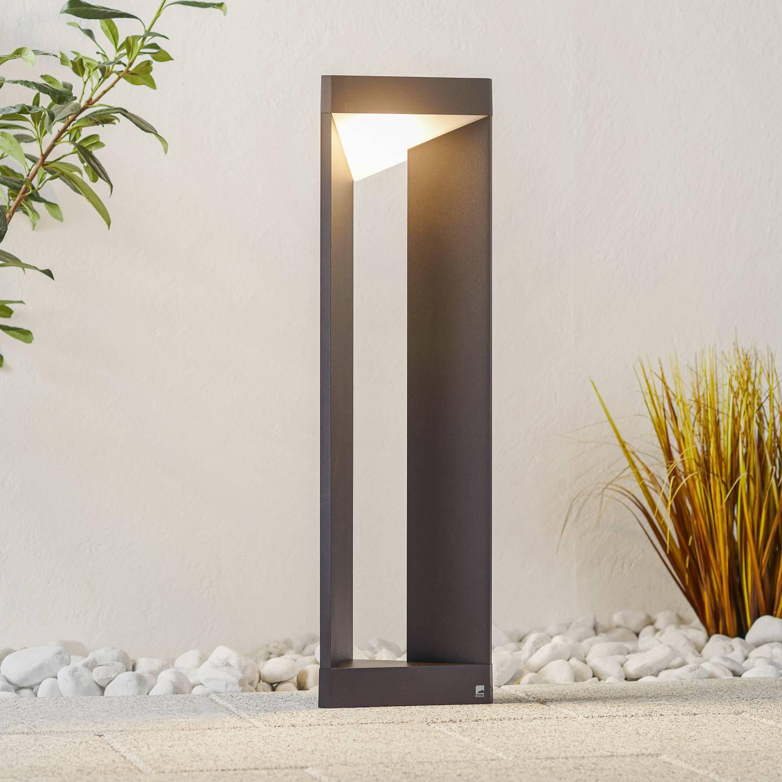 LED-pylväsvalaisine Nembro IP54 alumiinipainevalua