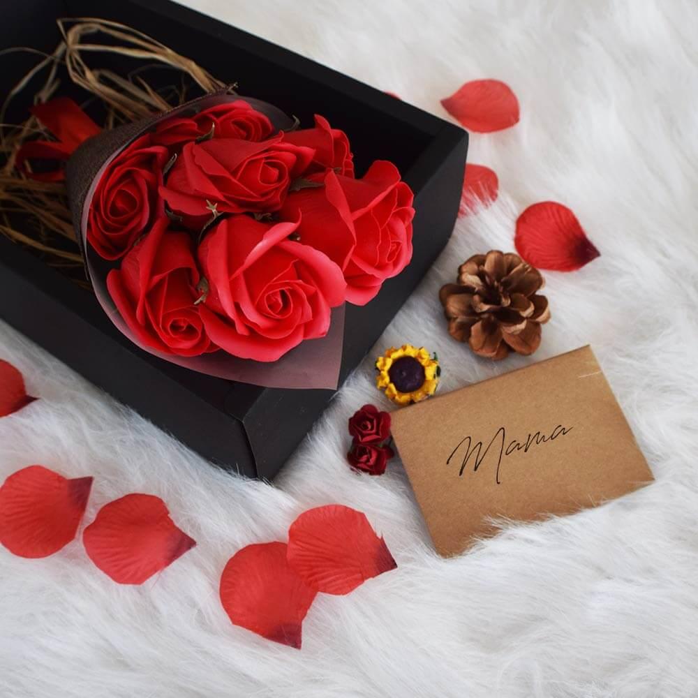 Red Rose Black Box (04470)