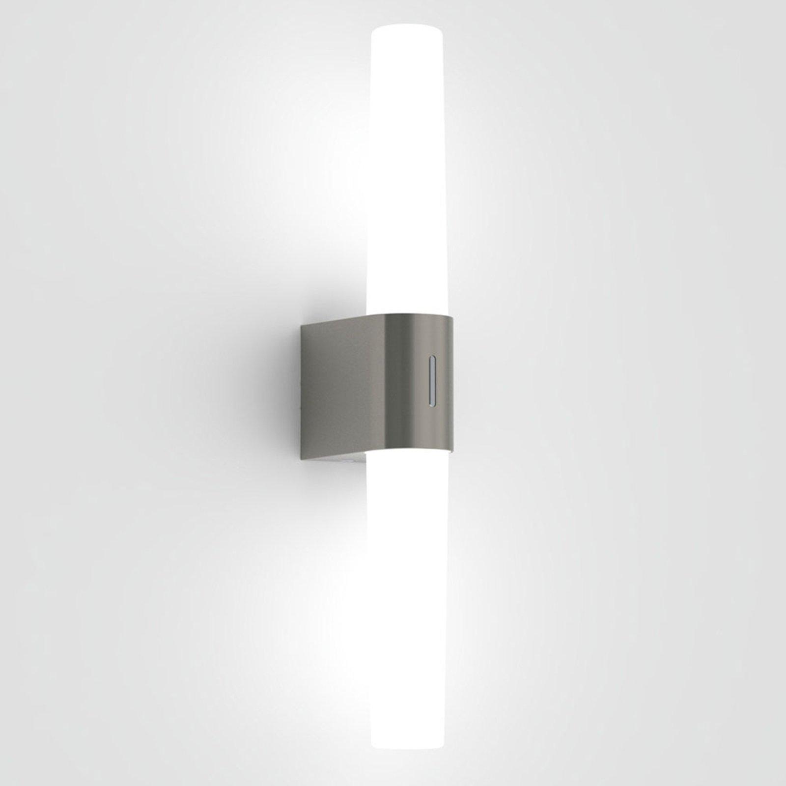 LED-vegglampe til bad Helva Double, børstet nikkel