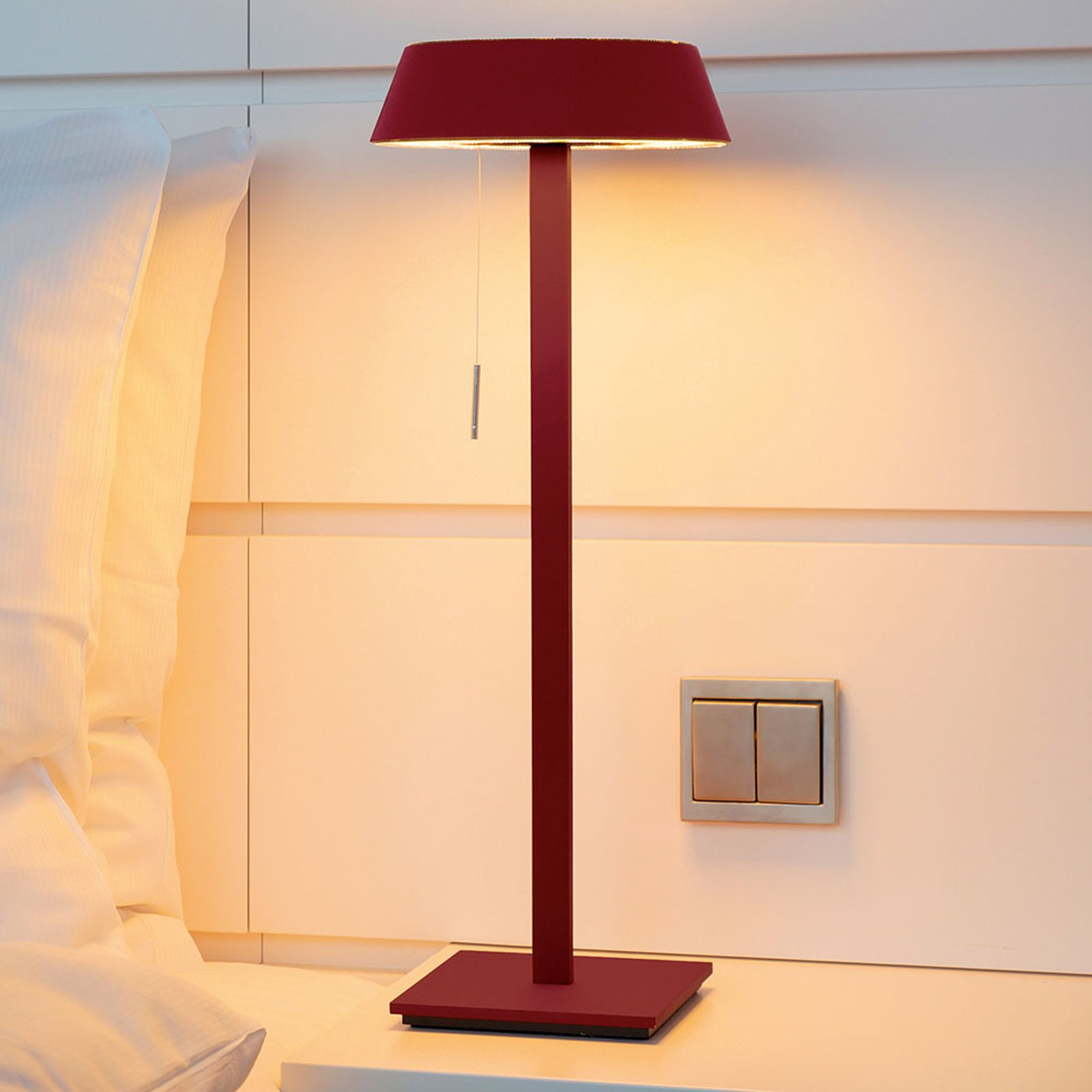 OLIGO Glance LED-bordlampe, rød matt