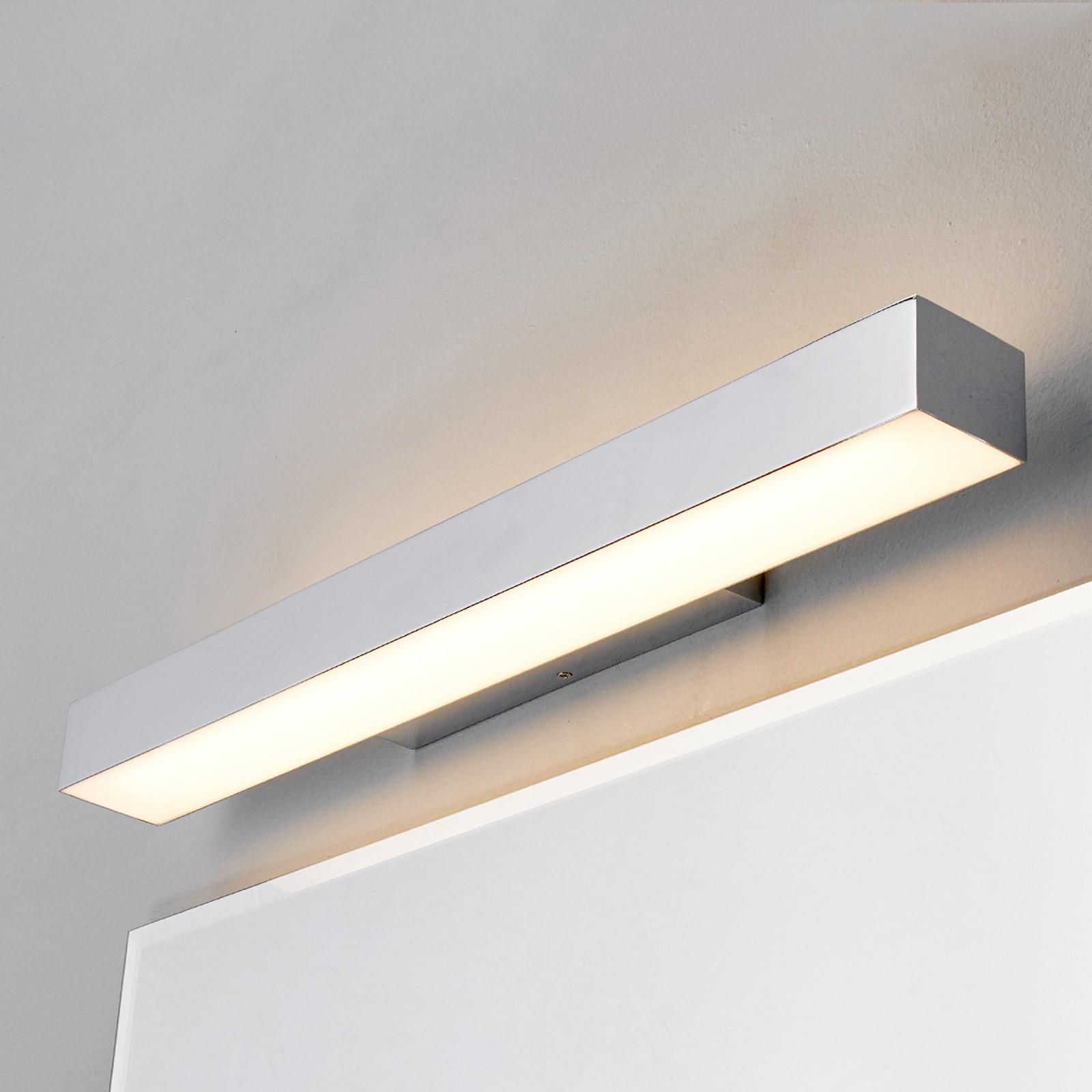Kiana - seinävalaisin LED-valolla kromisena