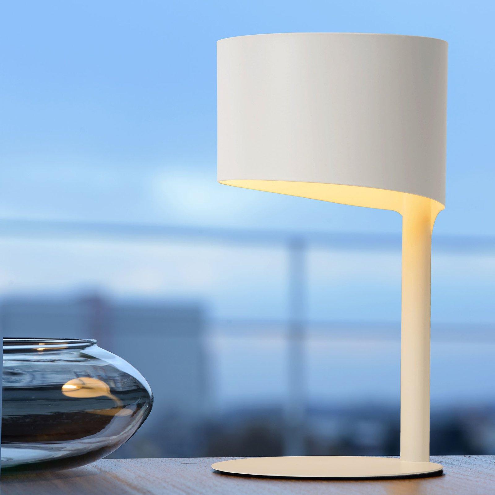 Knulle bordlampe av metall, hvit