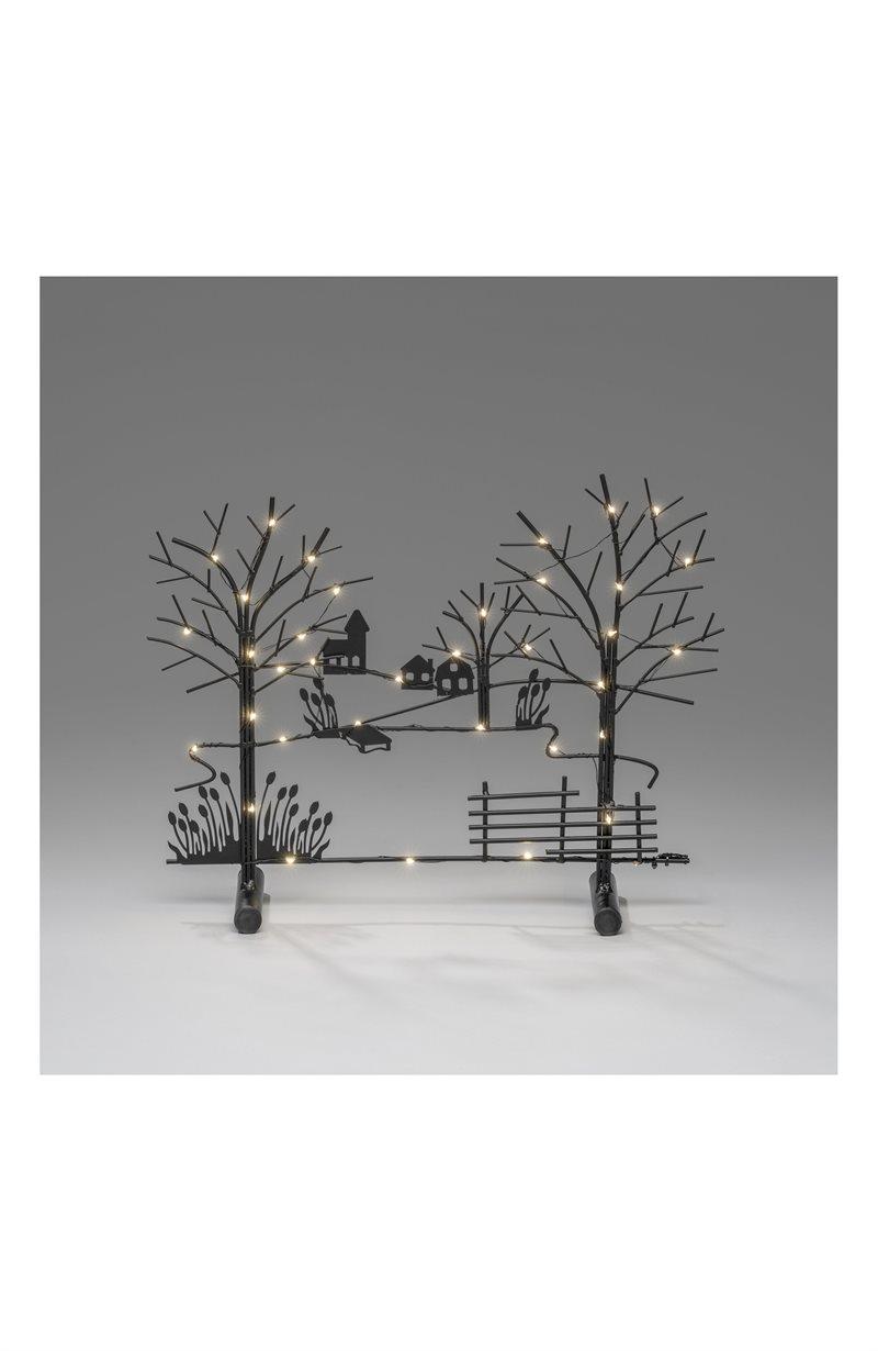Kynttelikkö metallia ja puuta Träd