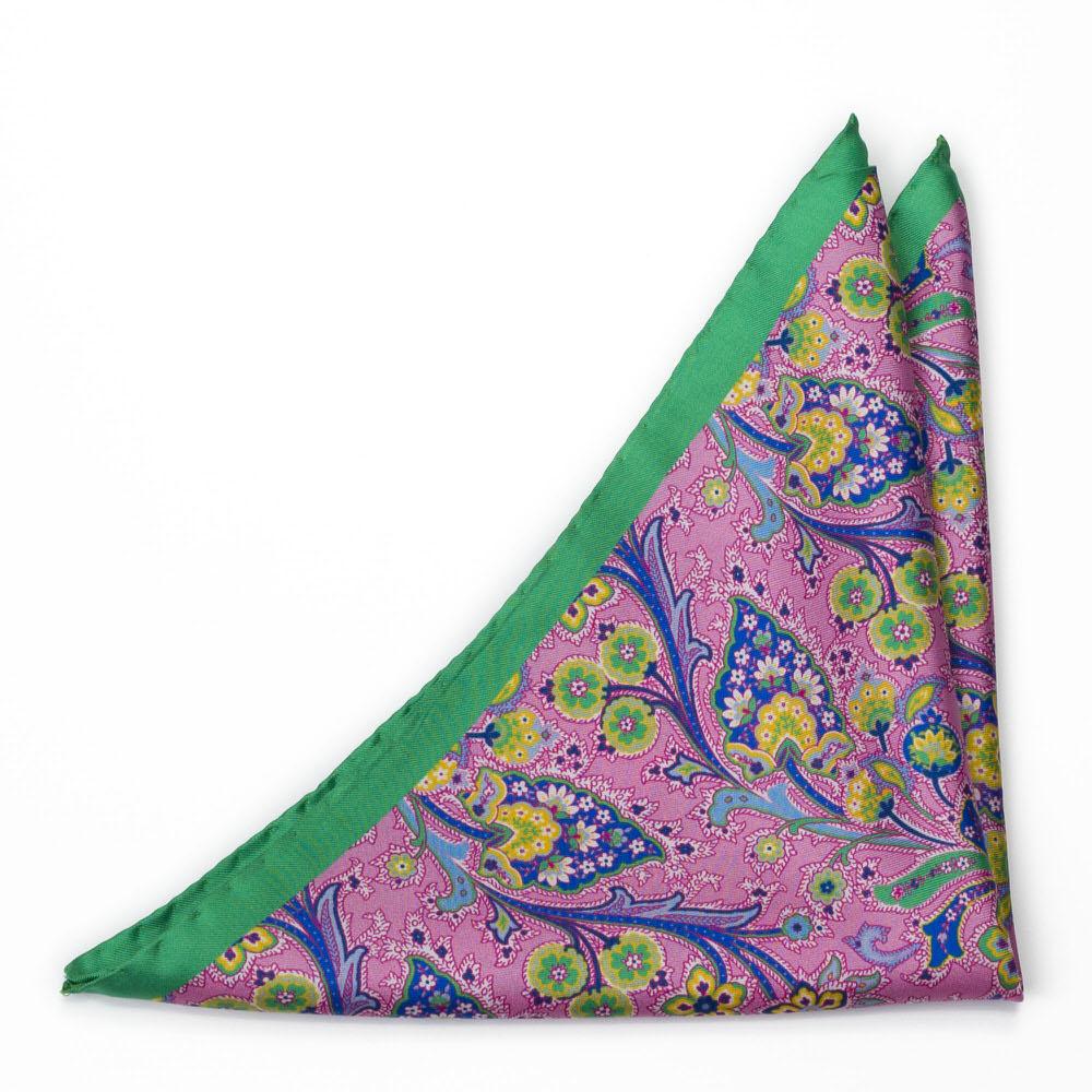 Silke Lommetørkler, Flerfargete blomster på rosa med grønn kanting