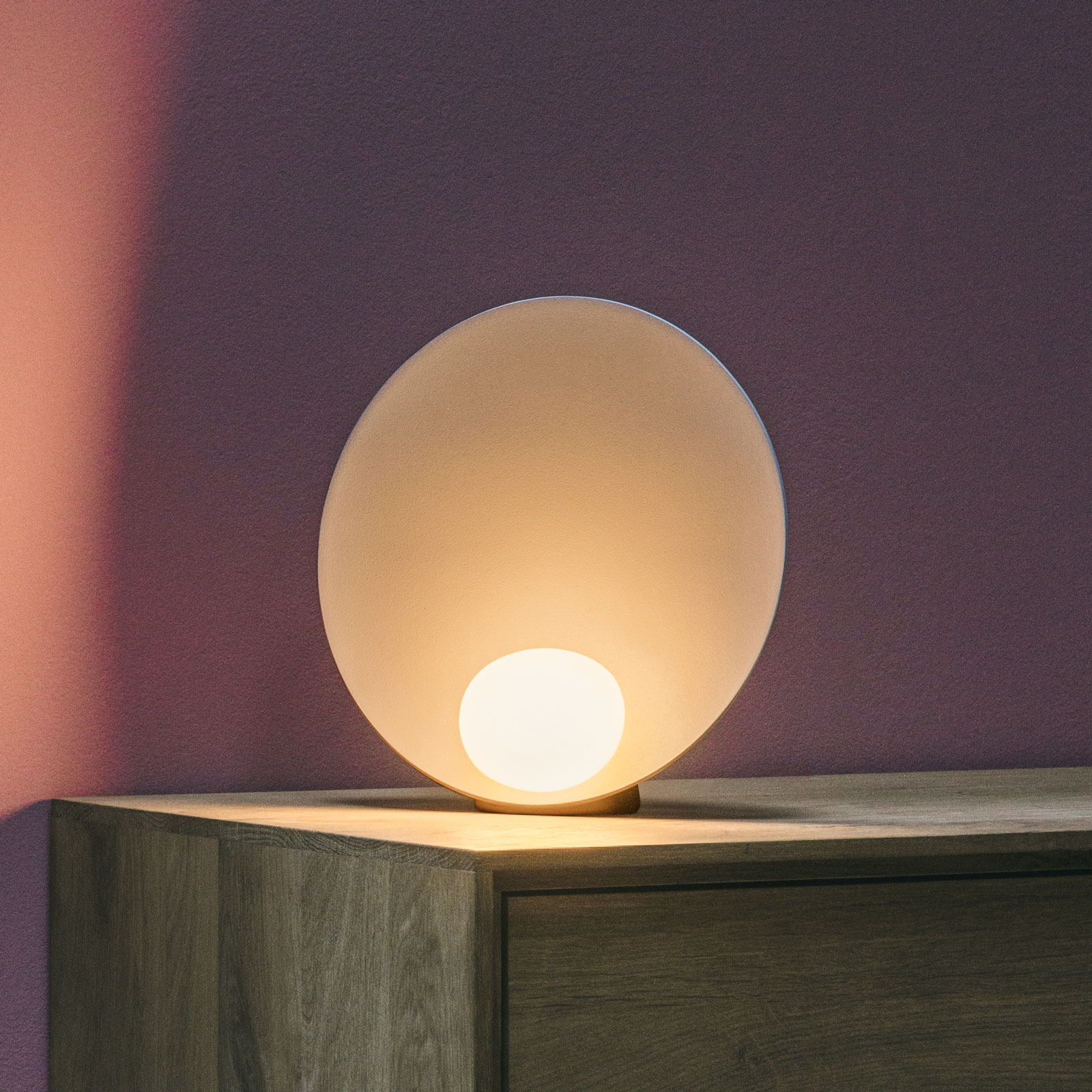 Vibia Musa 7400 LED-pöytälamppu pysty, lohi