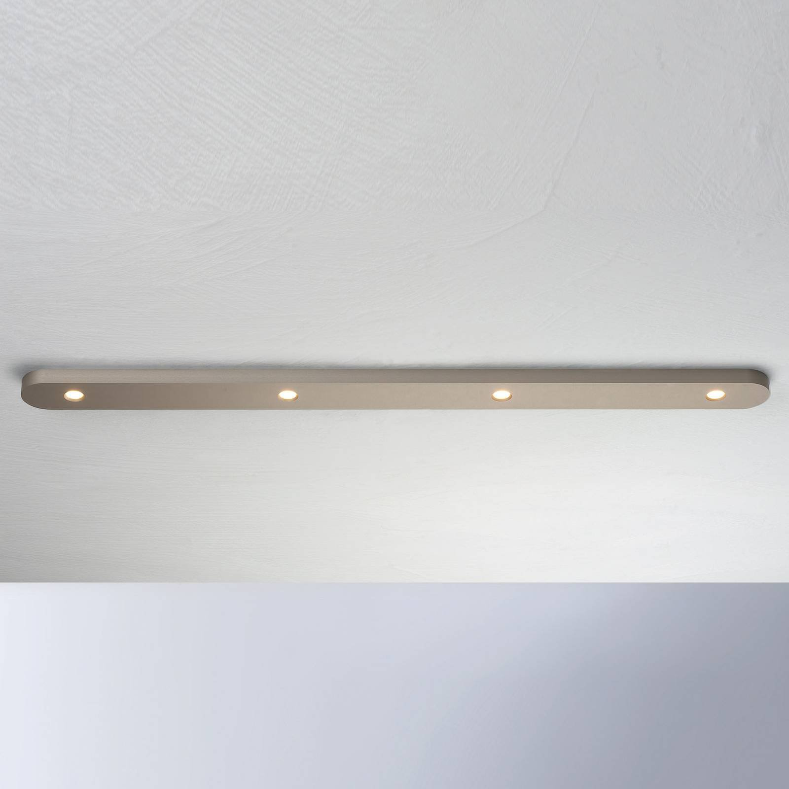 Bopp Close LED-taklampe, fire lyskilder, taupe