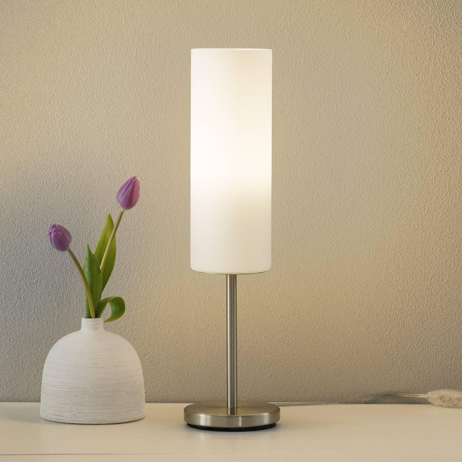 Valkoinen KELVIN -LED-pöytävalaisin