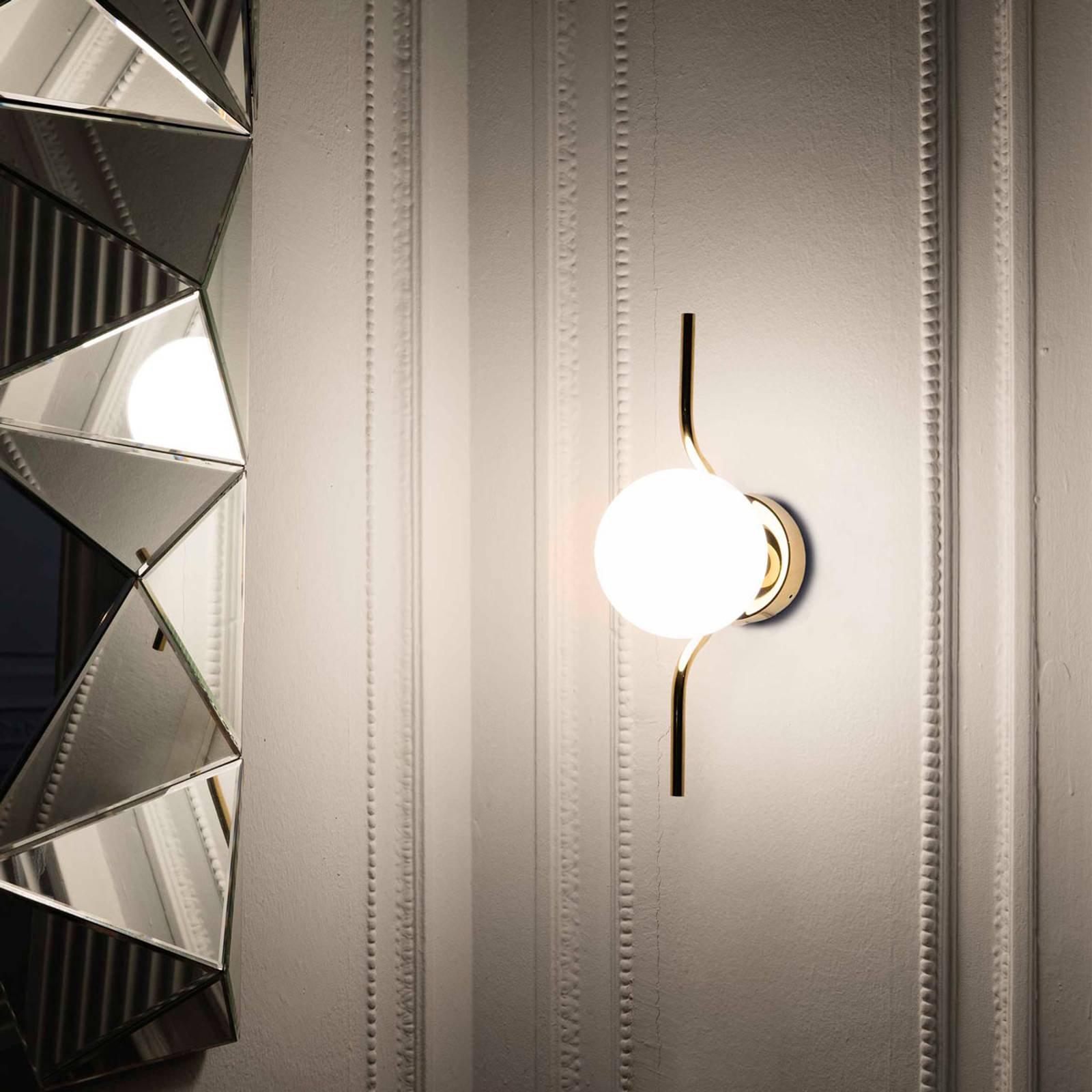 LED-vegglampe Le Vita med opalglass