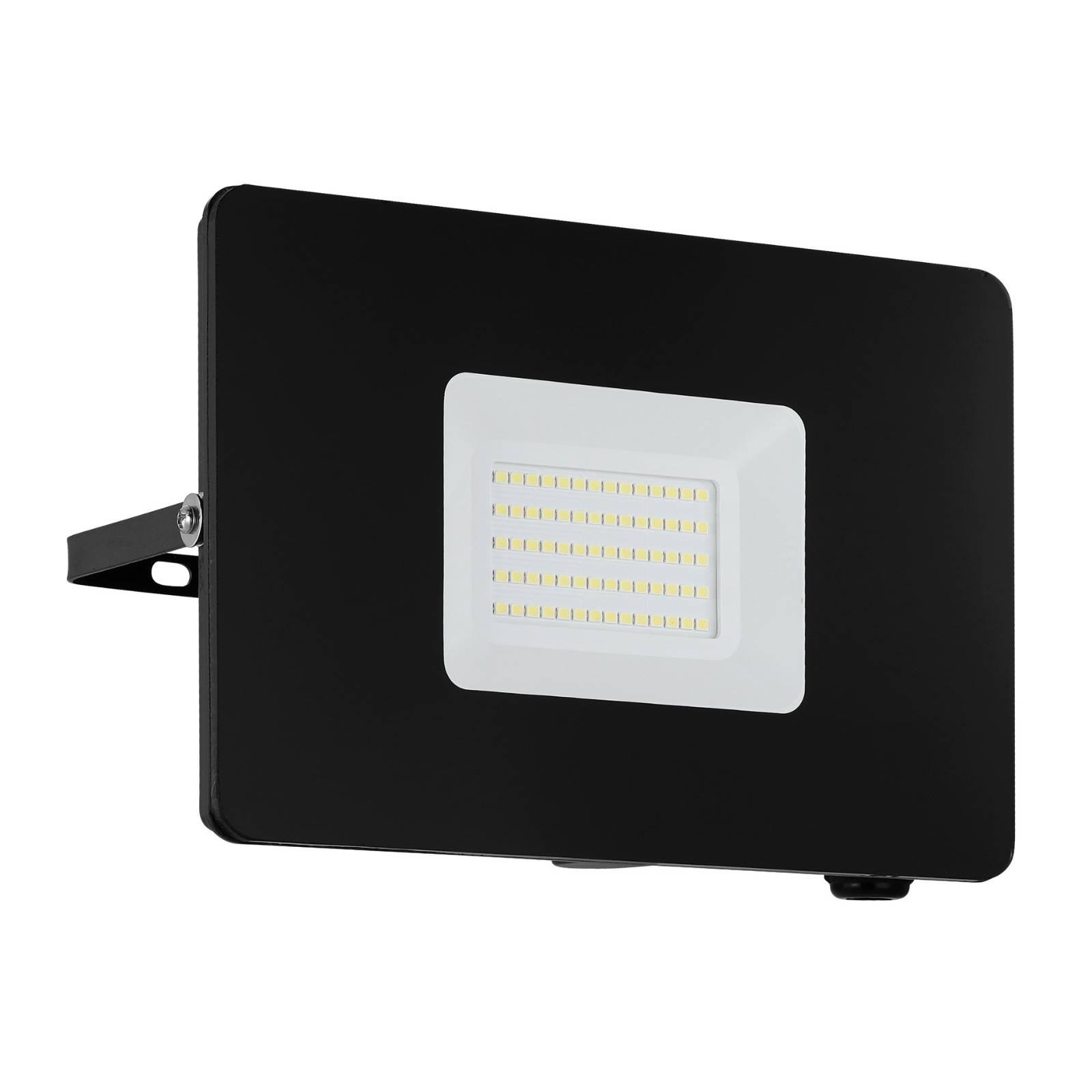 LED-kohdevalaisin ulos Faedo 3, musta, 50 W
