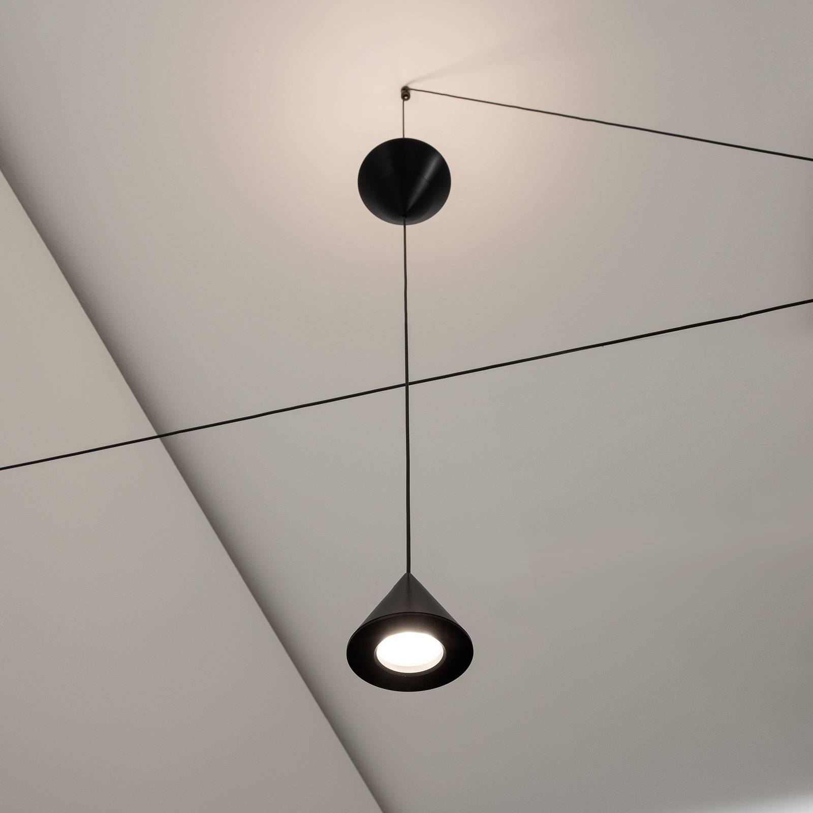 Karman Filomena -LED-lattiavalo 2-lamppuinen 3000K