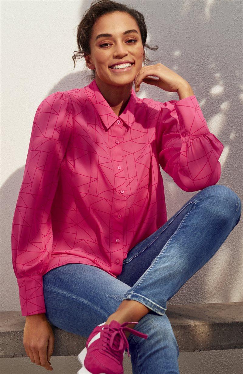 Kuviollinen puhvihihainen pusero
