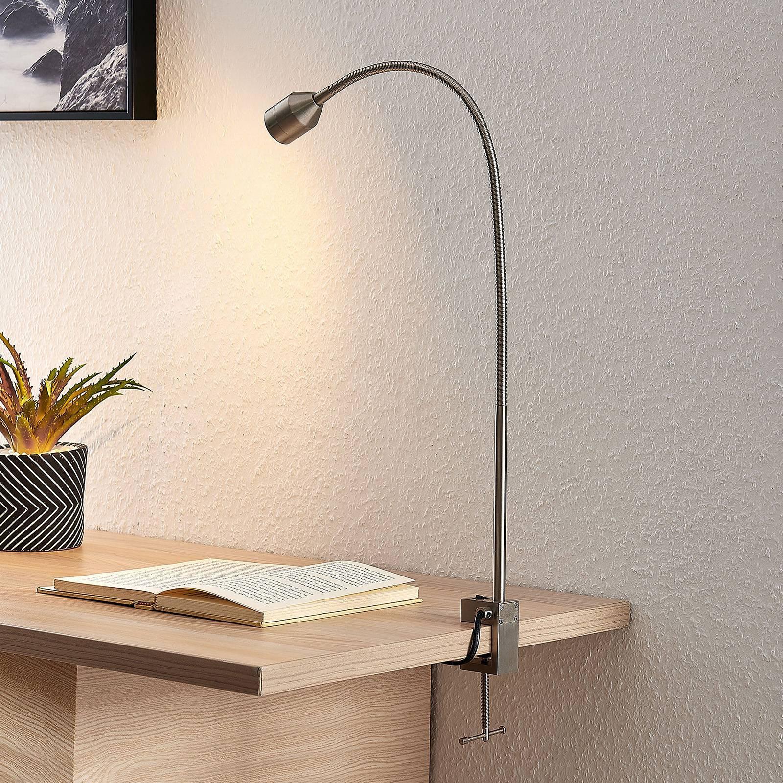 Lindby Hanilo LED-klemmelampe, satinert nikkel