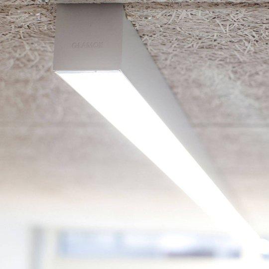 LED-taklampe C80-SR HF 830 2520lm 141 cm