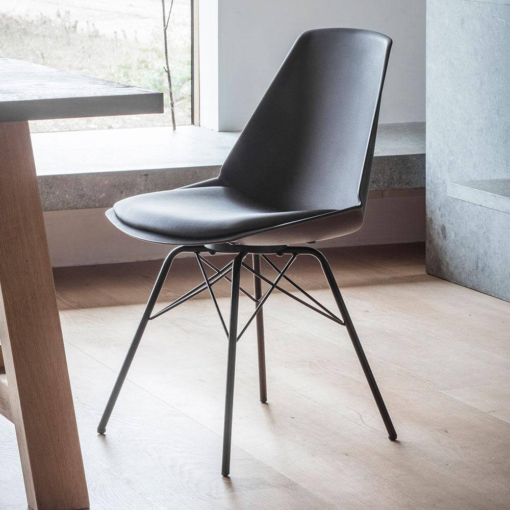 The Contemporary Dining Chair in Black (4pk)