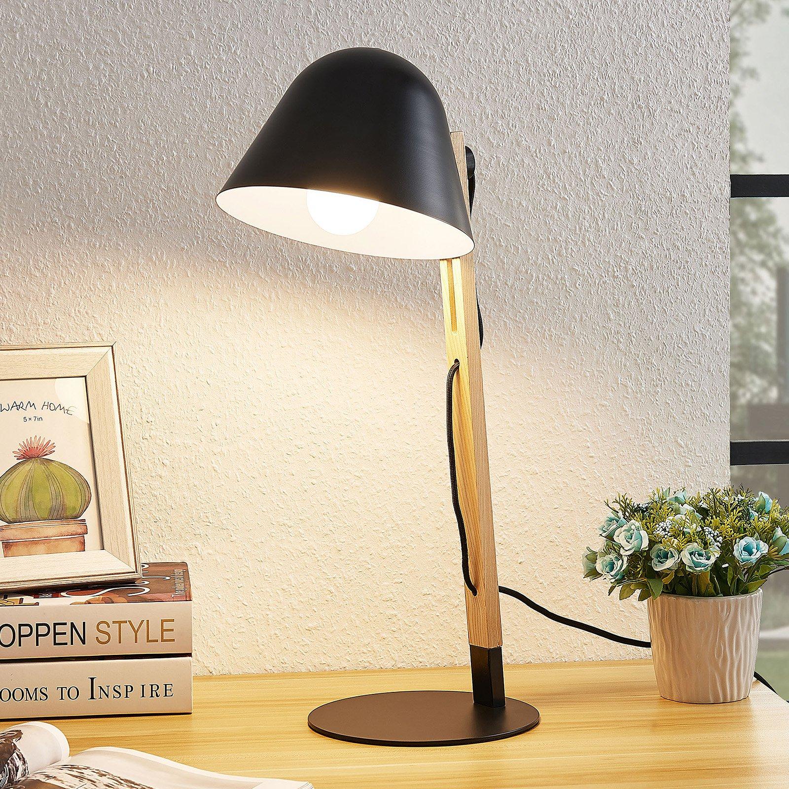Lindby Tetja bordlampe med trestav, svart