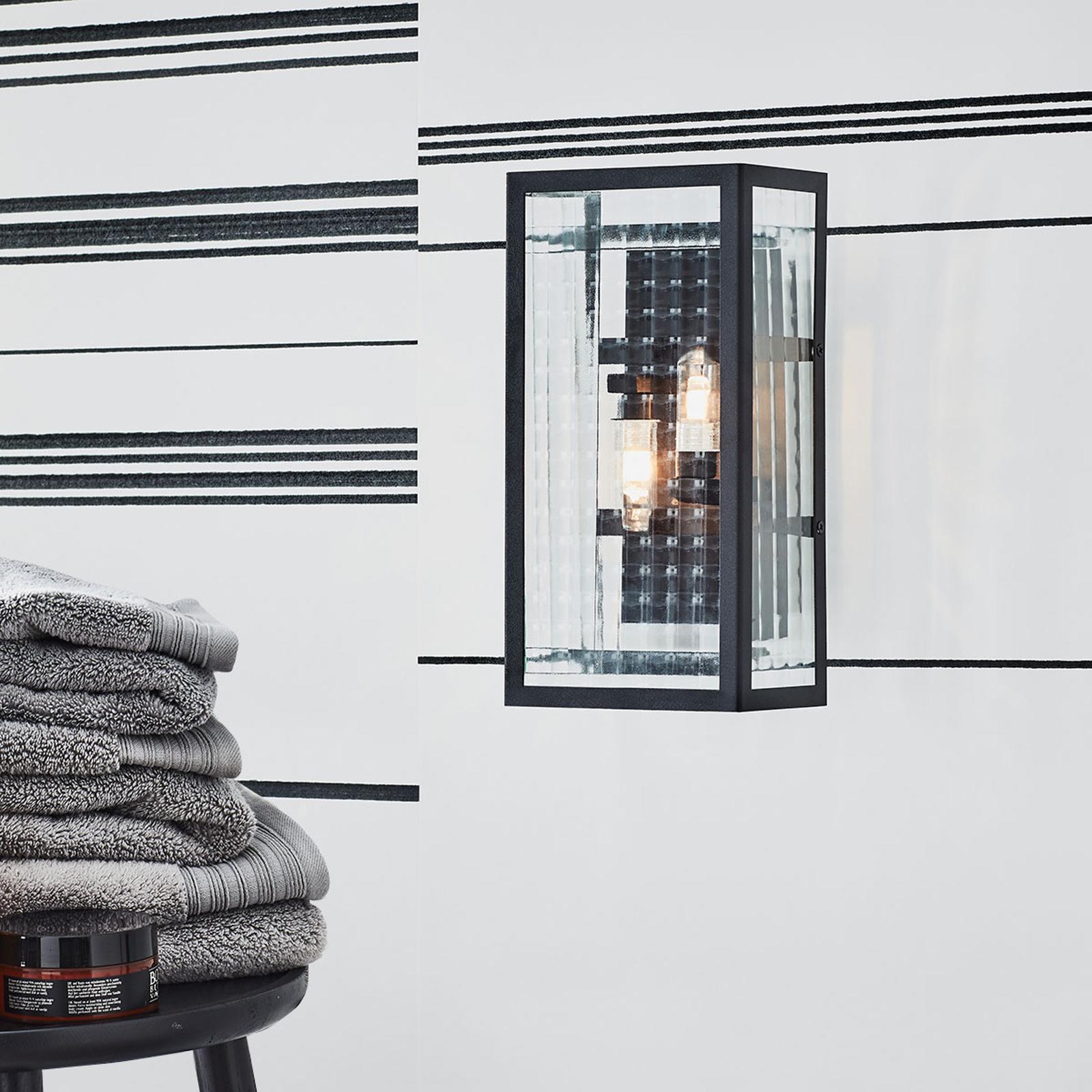 Kylpyhuoneen seinävalaisin Fulham IP44, musta