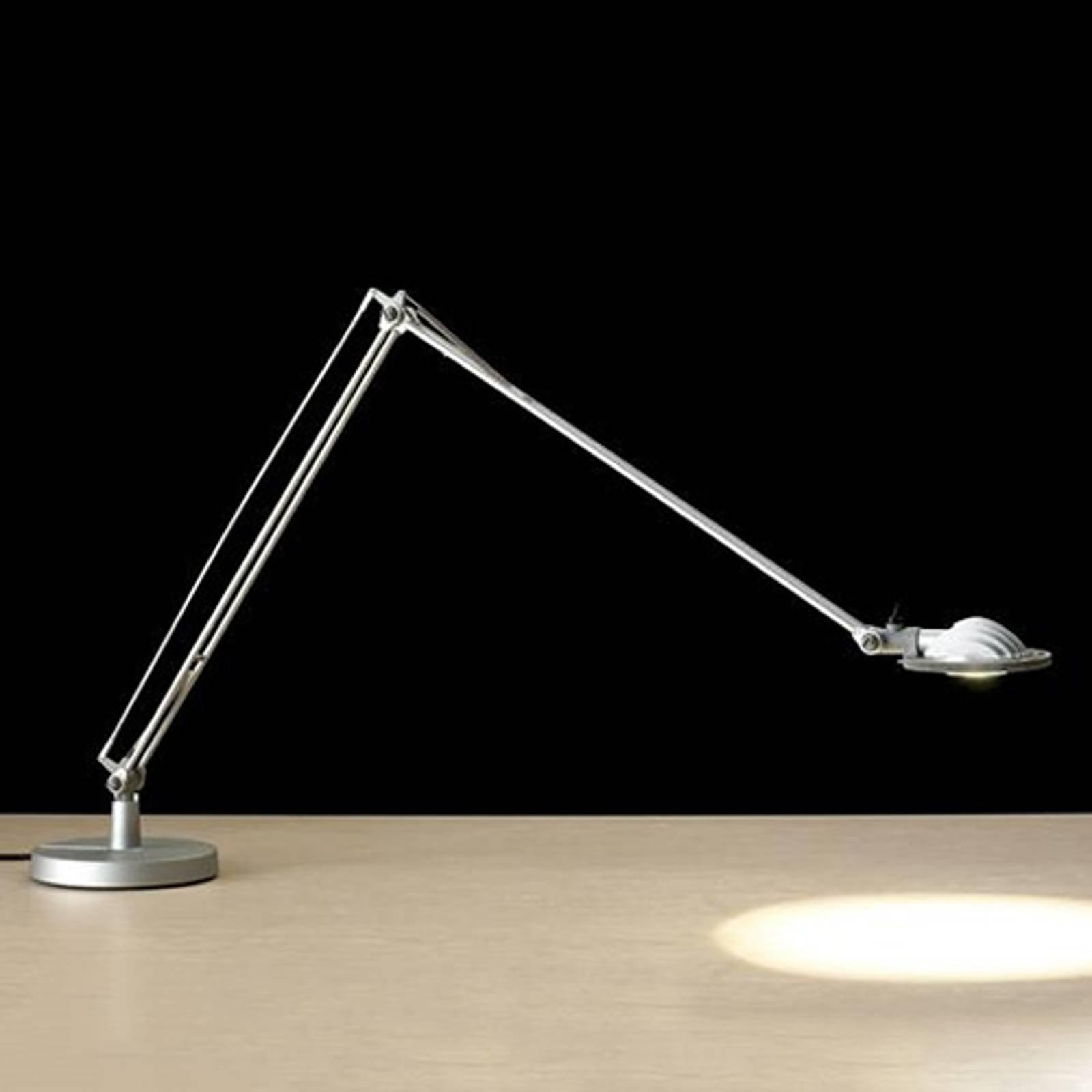 Berenice LED - bordlampe i industridesign