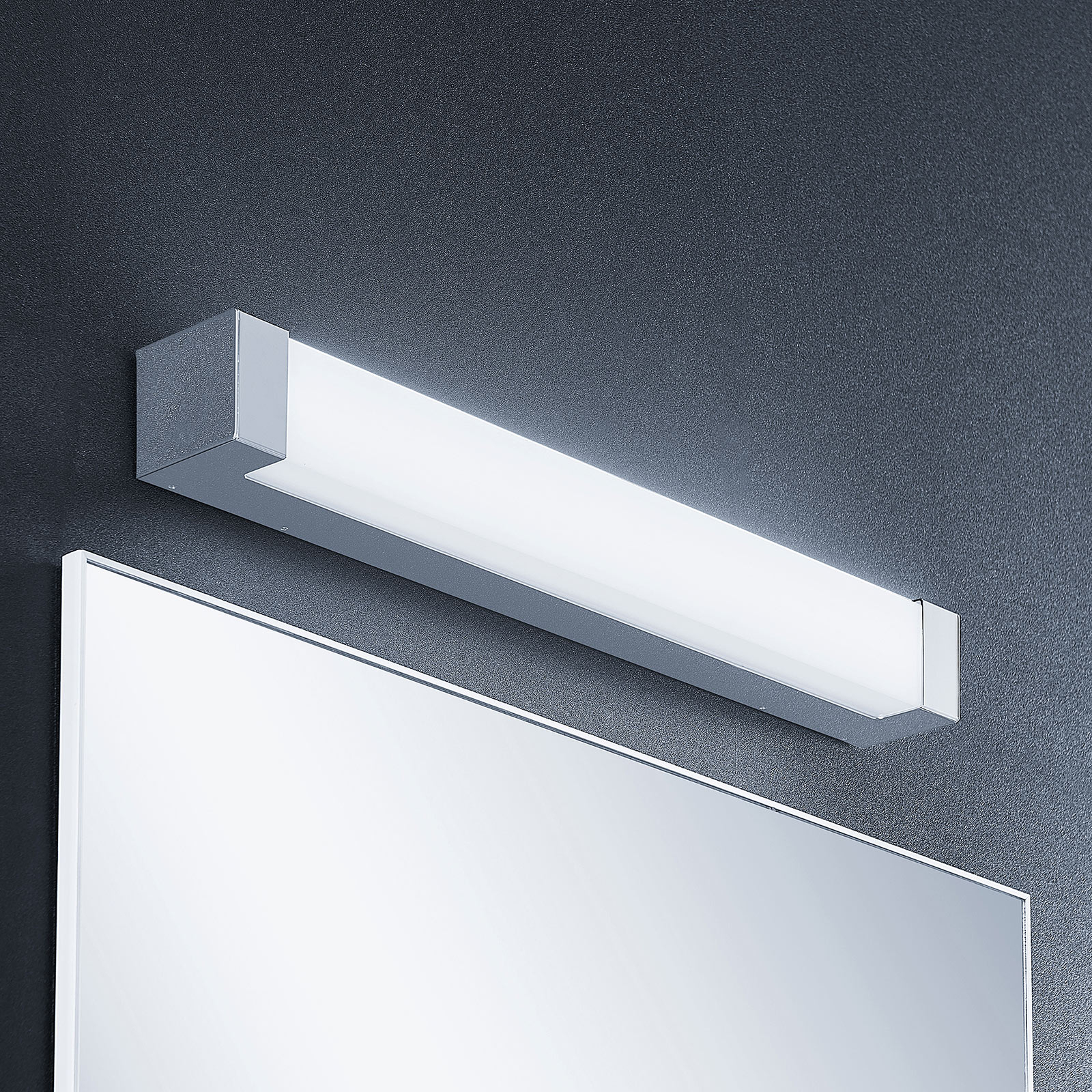 Lindby Skara -LED-kylpyhuonelamppu, 60 cm