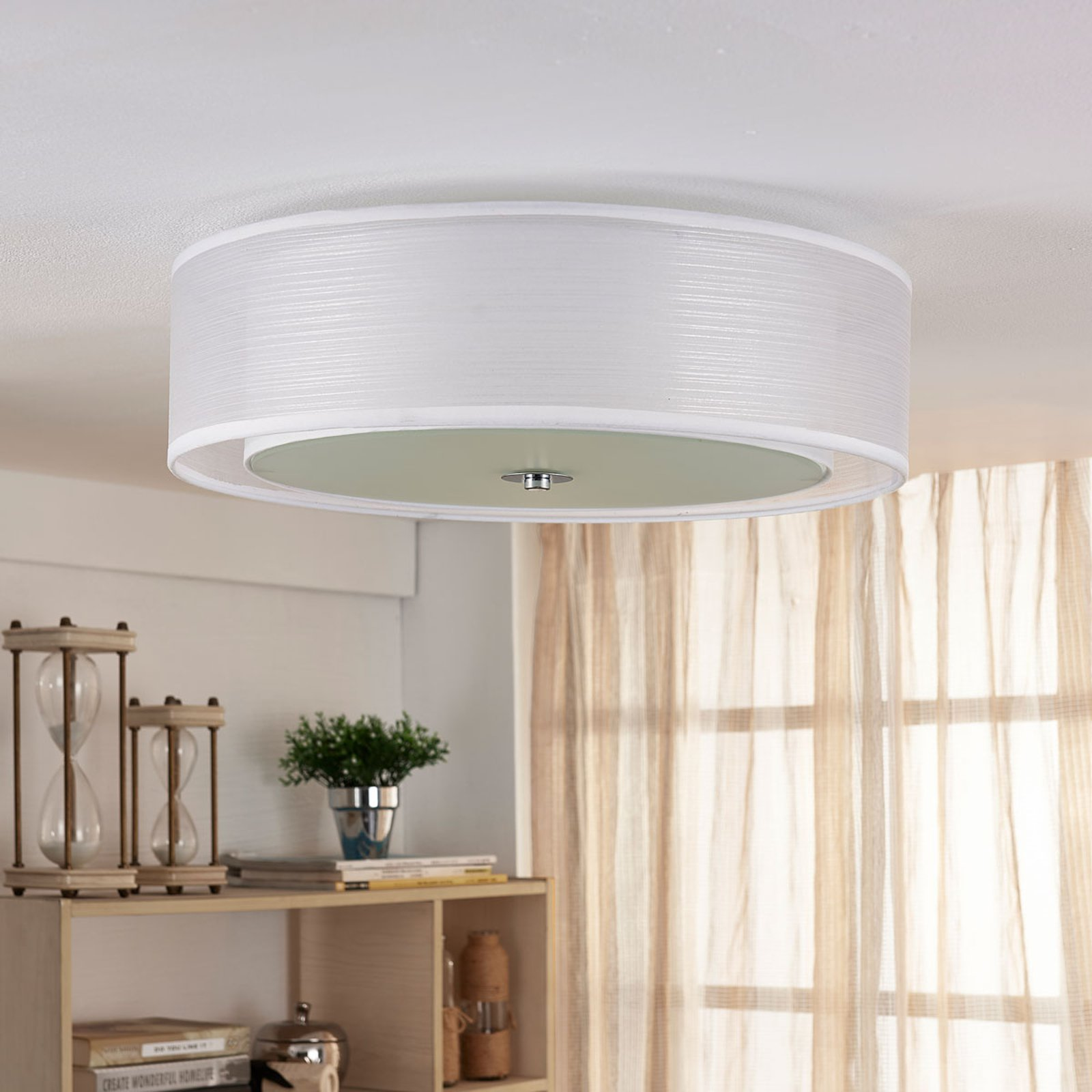 Tobia - hvit LED-taklampe i tekstil, med easydim