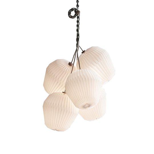 LE KLINT The Bouquet -riippuvalo, 5-lamp. Ø75cm