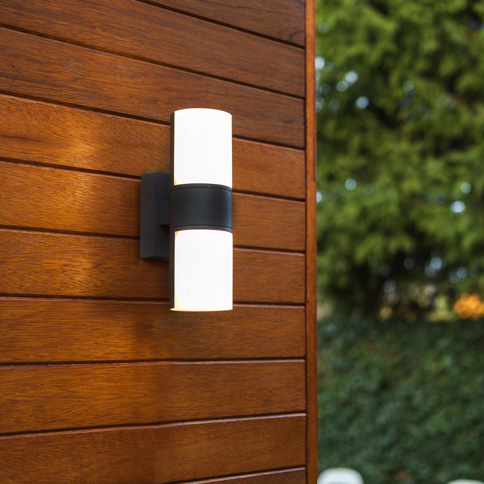 LED-ulkoseinälamppu Cyra, 2-lamppuinen, mattamusta