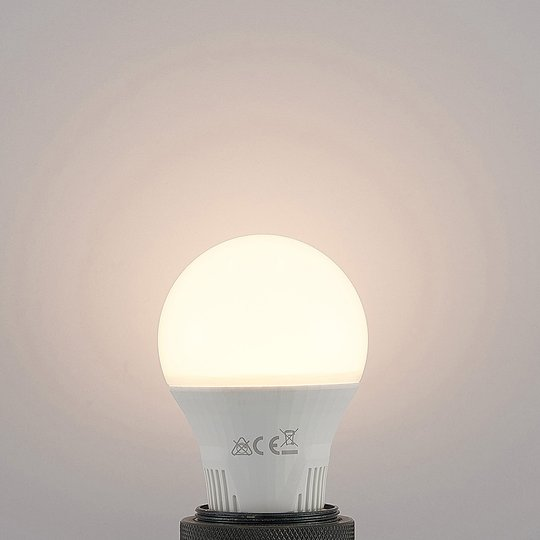 LED-lamppu E27 A60 9 W valkoinen 2 700 K