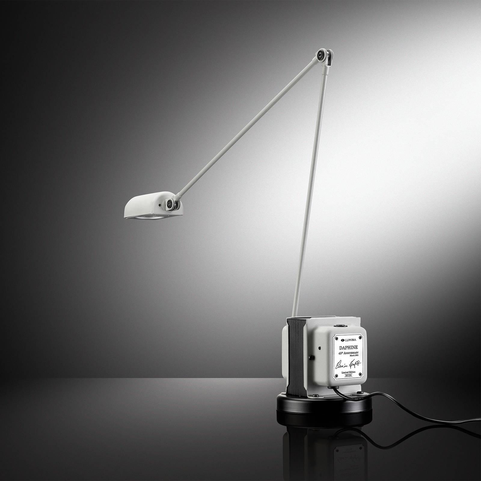 Lumina Daphine 45th Anniversary -pöytälamppu 3000K