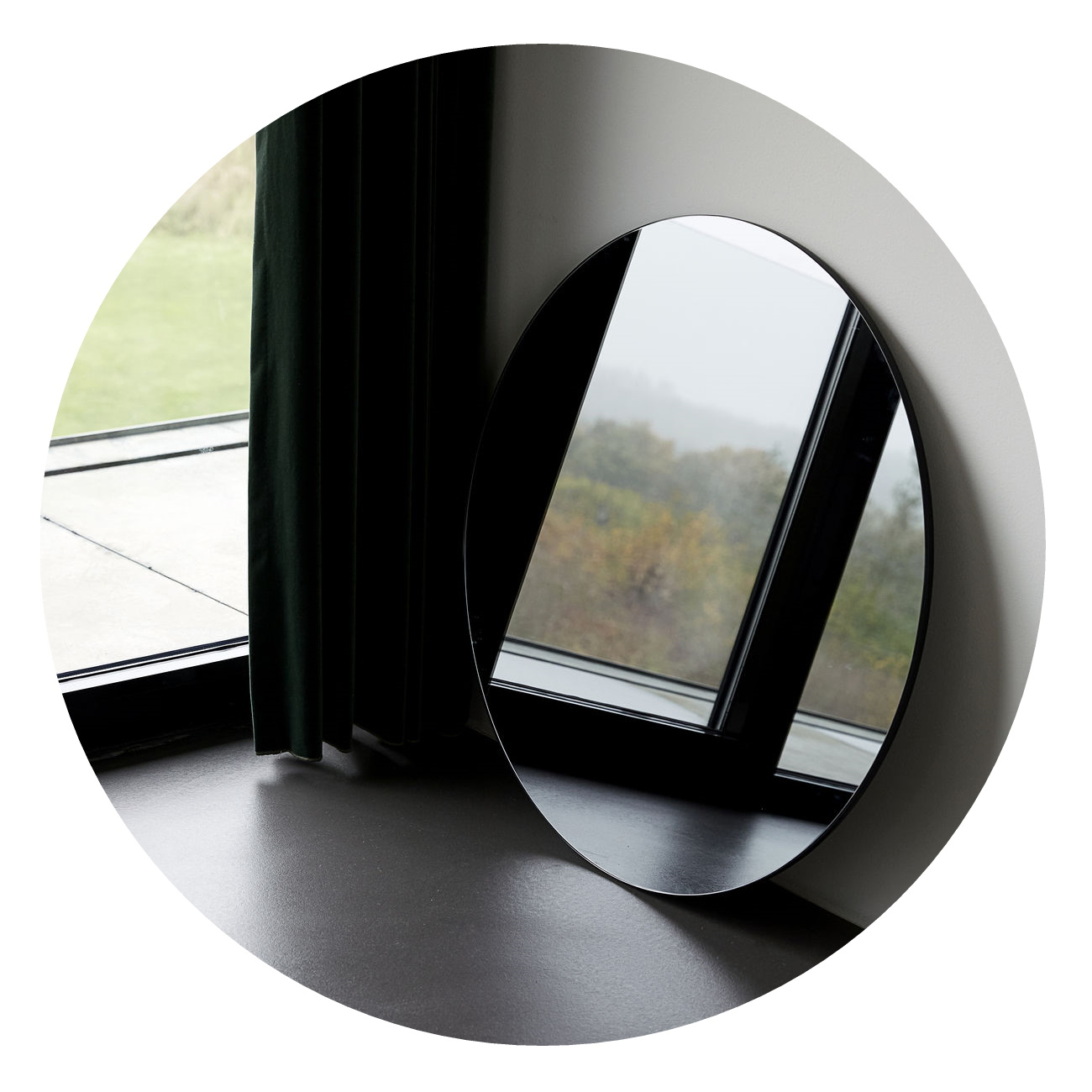 Spegel Ø 80cm grå WALLS MIRROR, House Doctor