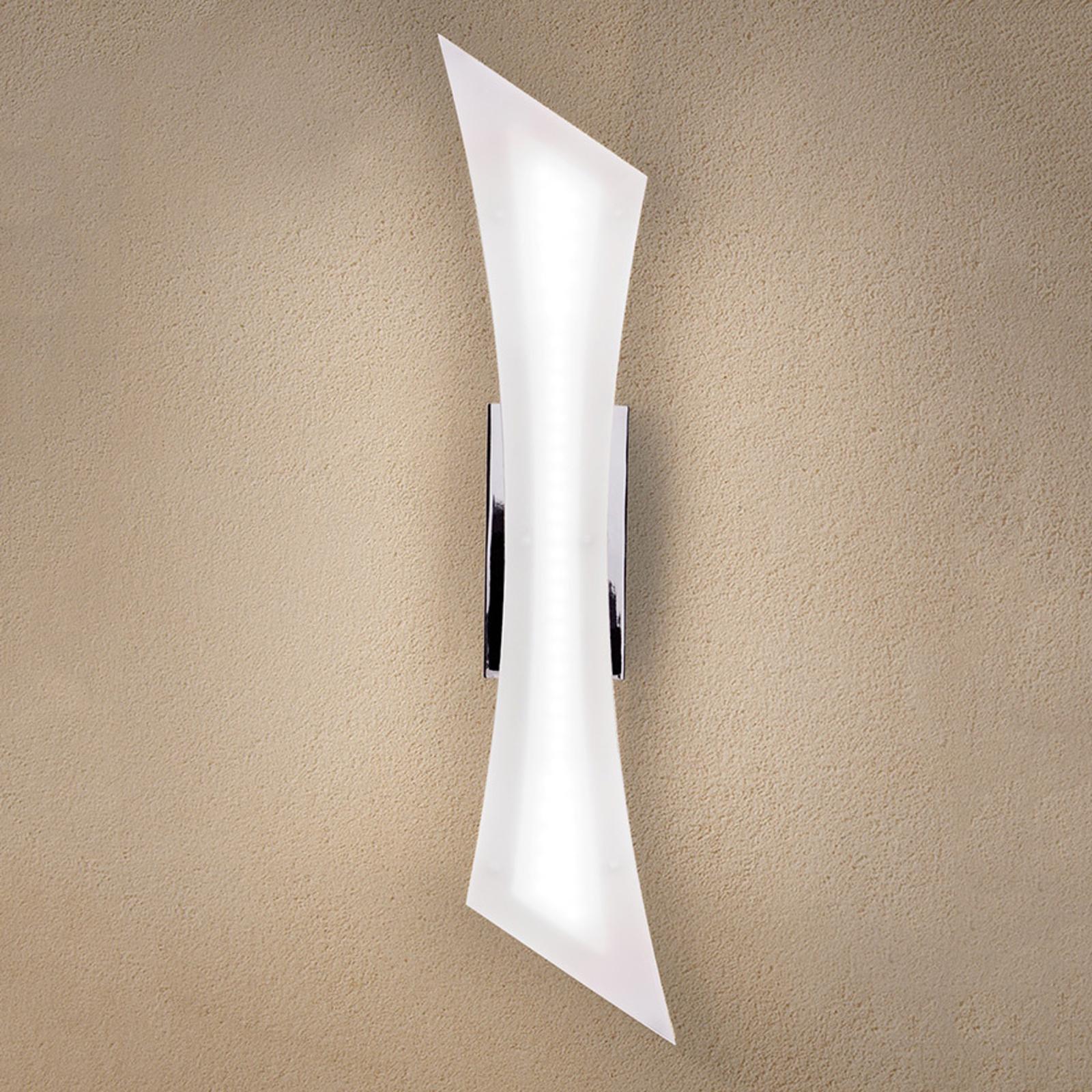 Vaikuttavan näköinen LED-seinävalaisin Dilara