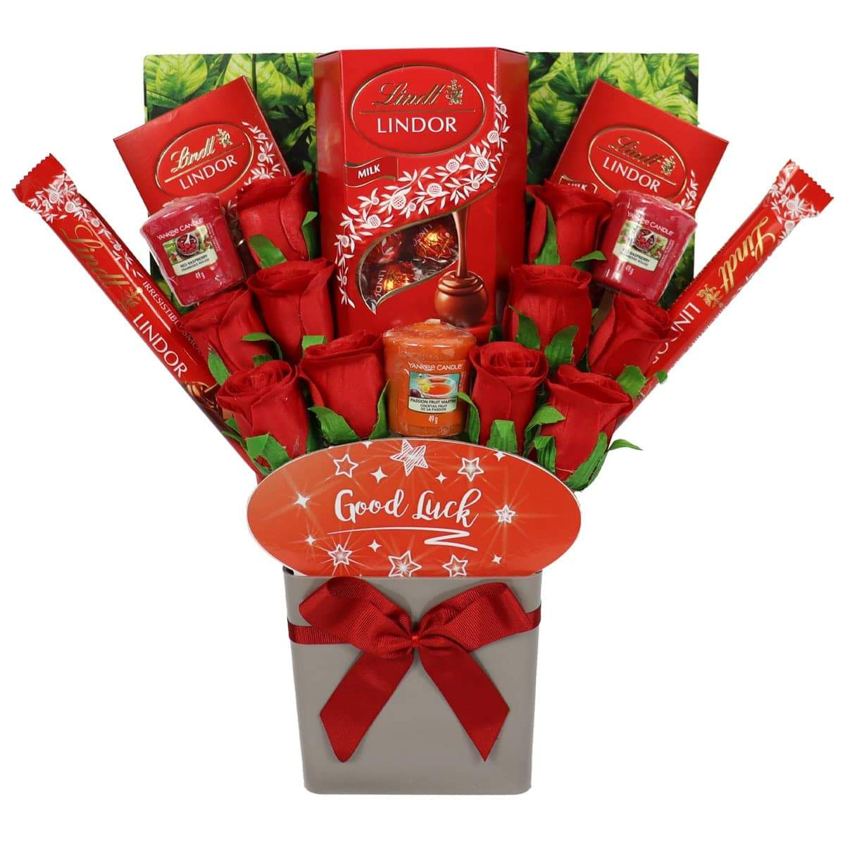 The Good Luck Yankee Candle and Red Rose Bouquet