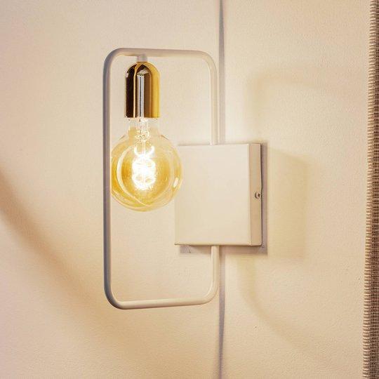 Vegglampe Savo K1 med metallramme, hvit-gull