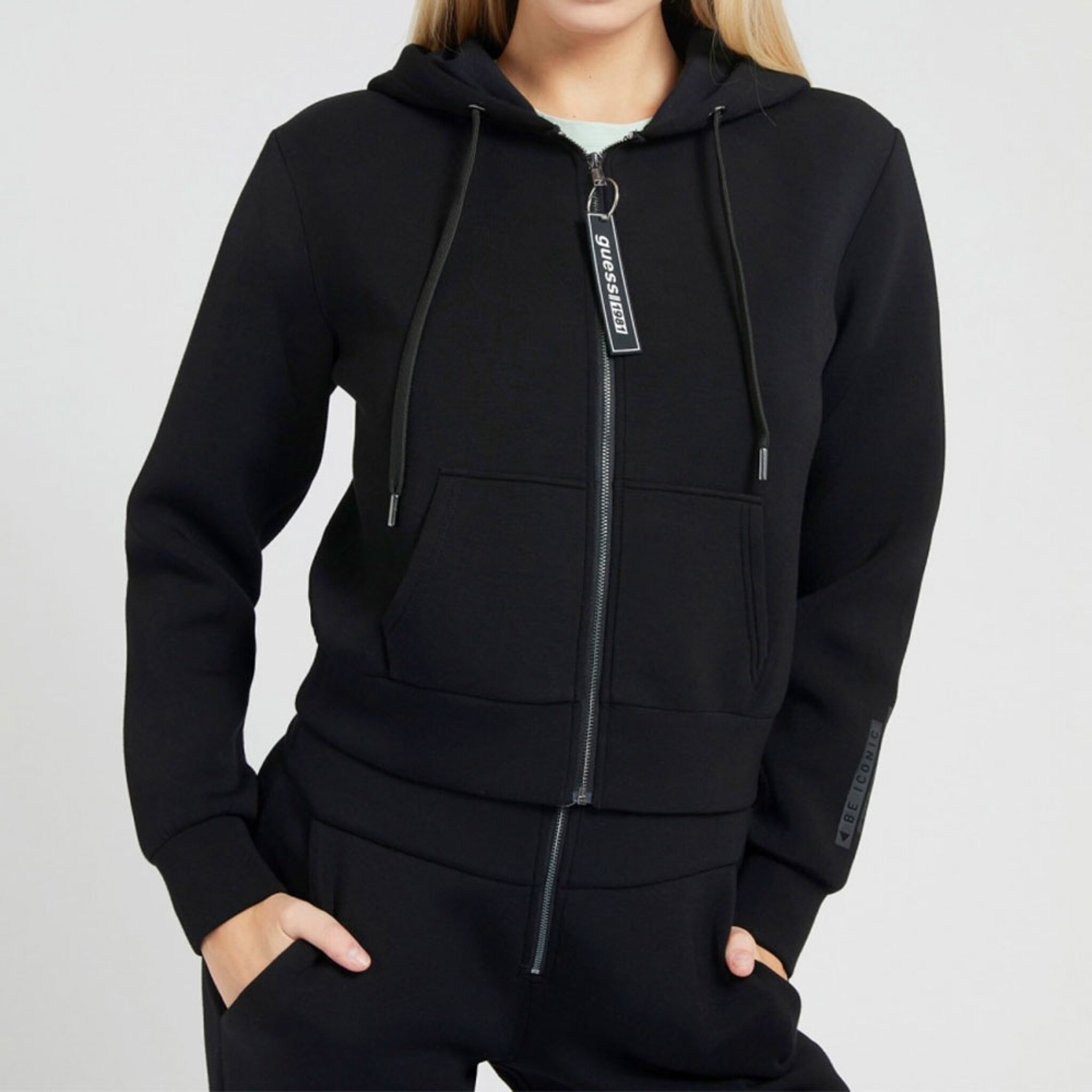 AKILAH ZIPPED FLEECE Sweatshirt